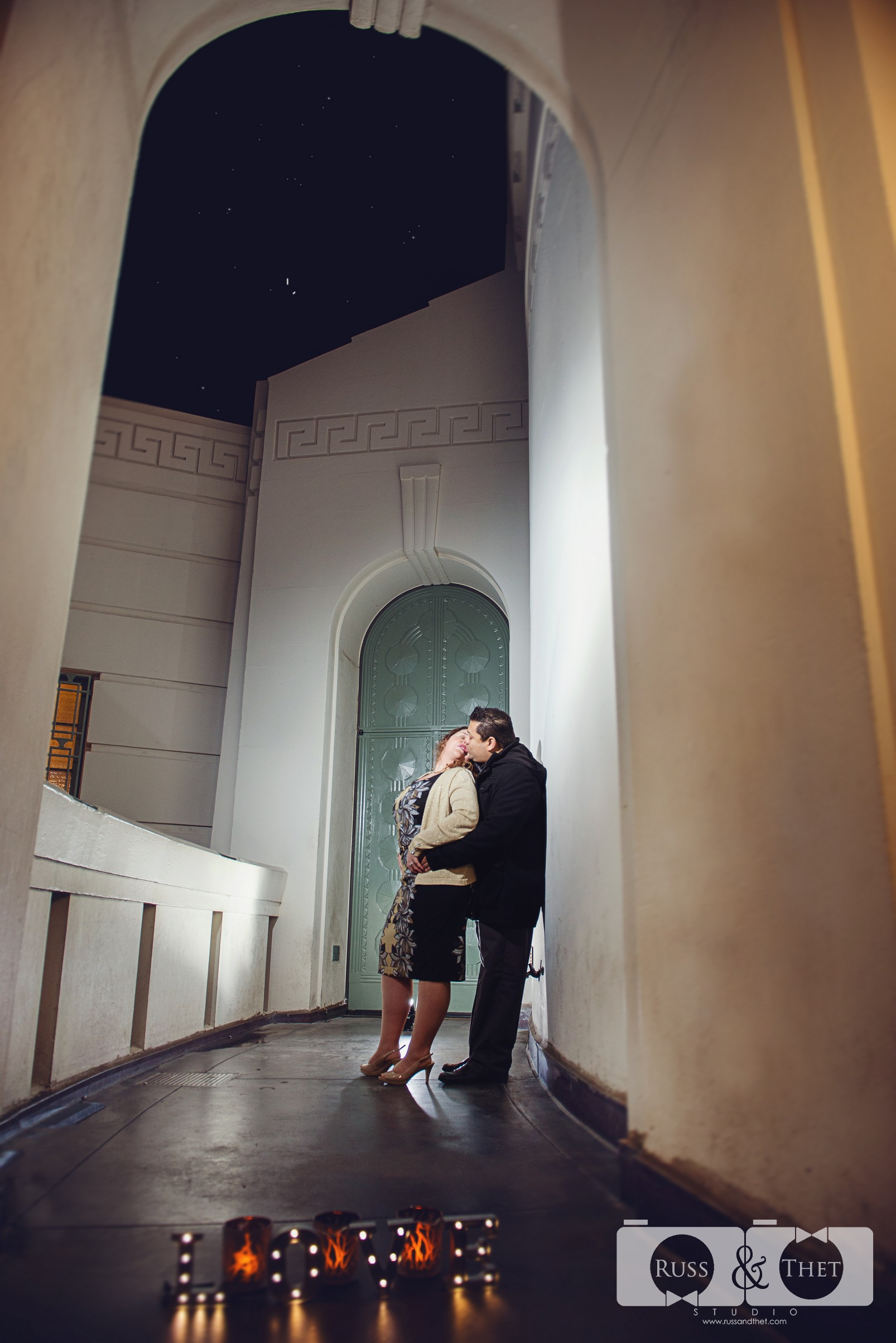 Hector&Vanessa-Griffith-Conservatory-Engagement-Photographer (6).jpg