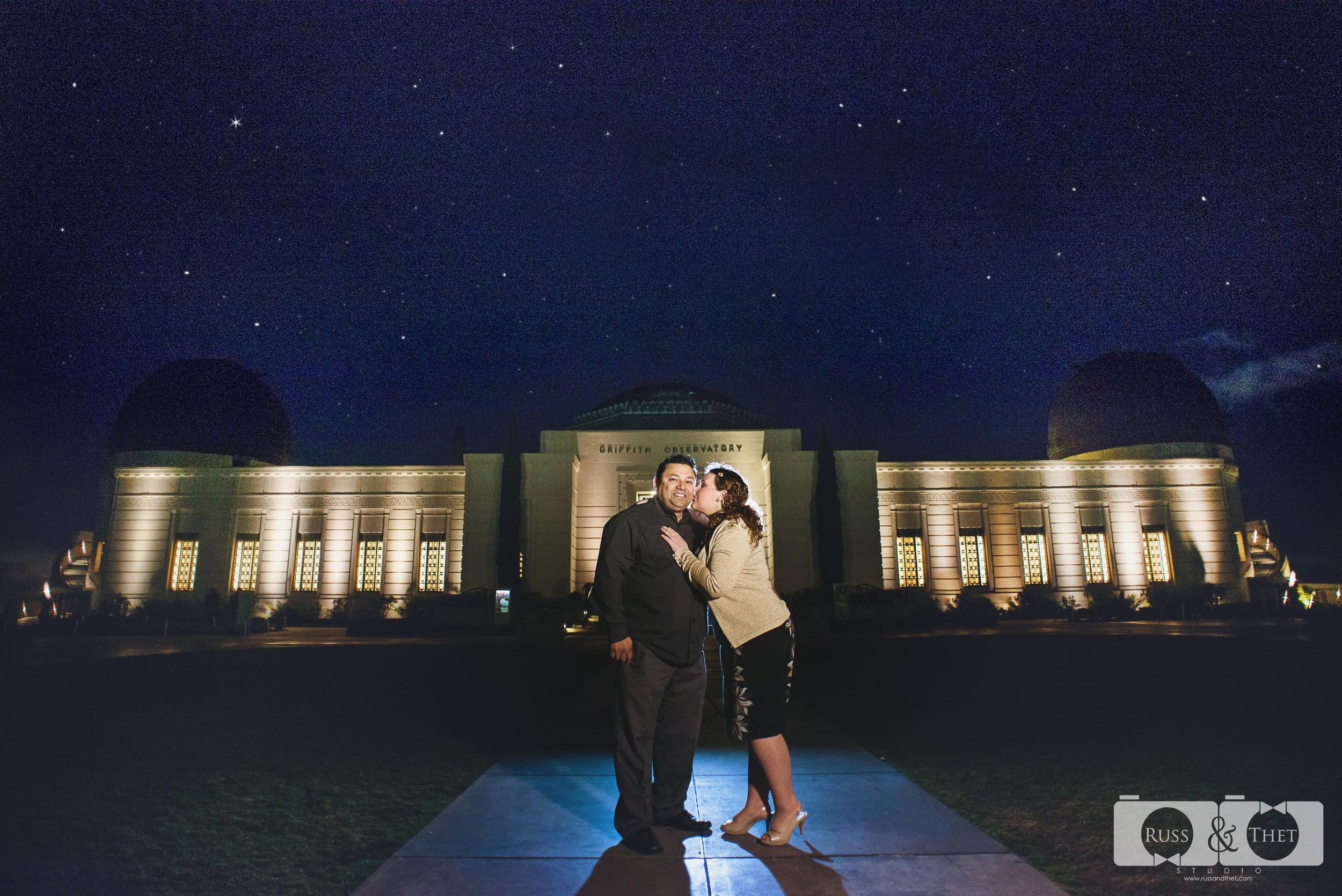 Hector&Vanessa-Griffith-Conservatory-Engagement-Photographer (10).jpg