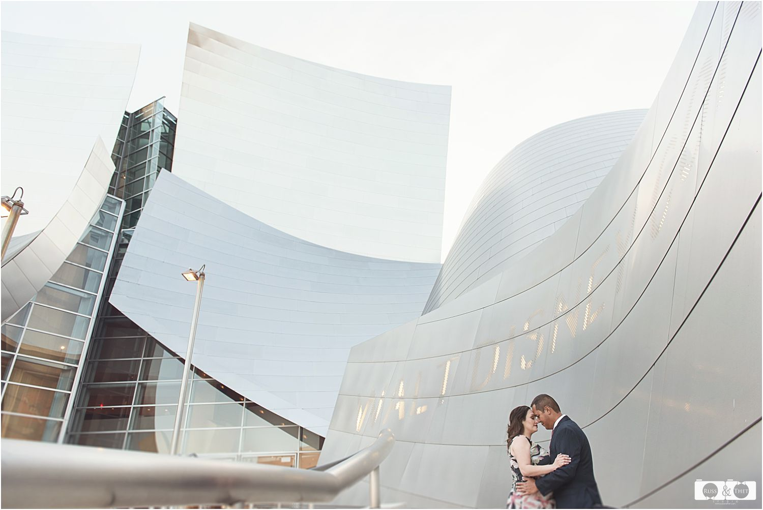 downtown-los-angeles-engagement-session (4).jpg