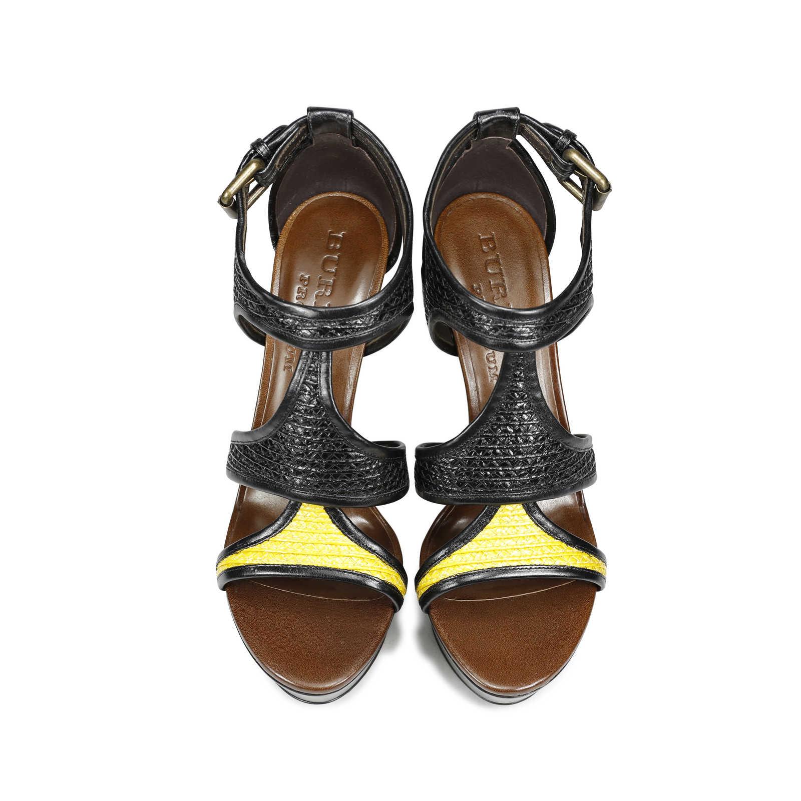 burberry-prorsum-raffia-interwoven-sandals-1.jpg