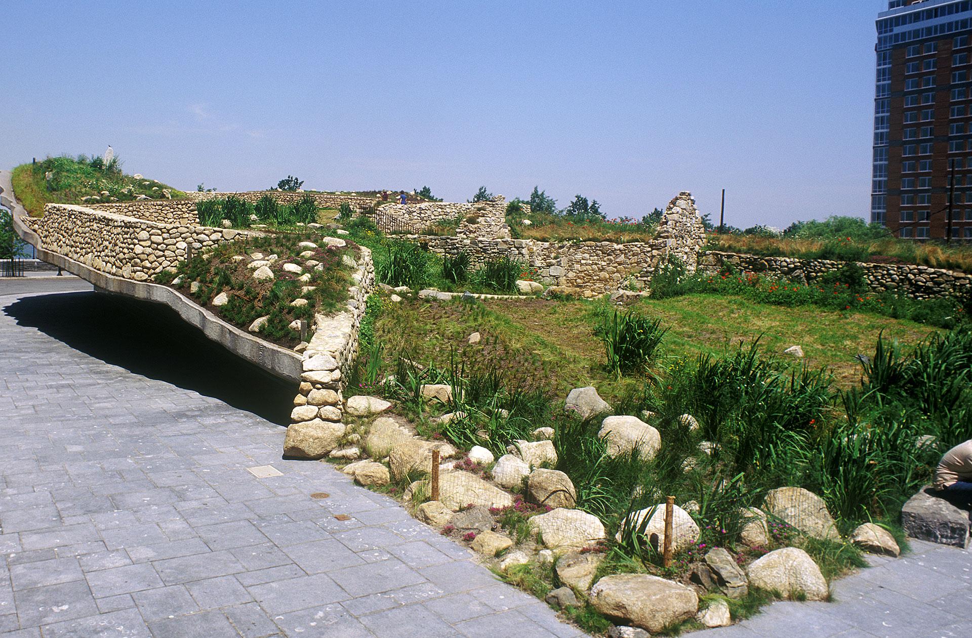 Irish Hunger Memorial  (2002)