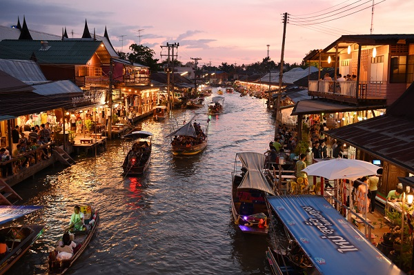 River Boat Ride on Mae Klong River photo from thaipurchasing.com