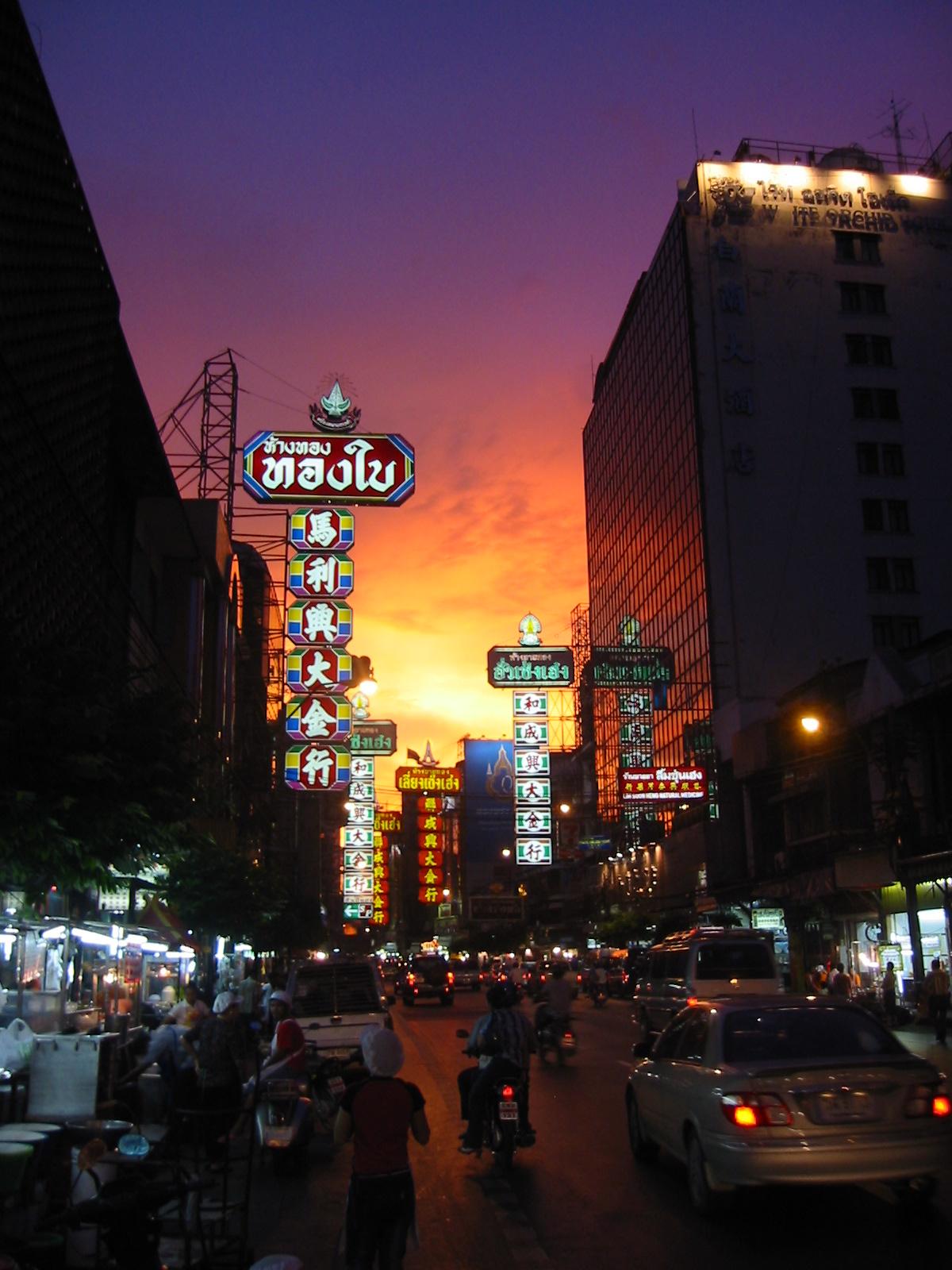 Sunset River Cruise + Chinatown
