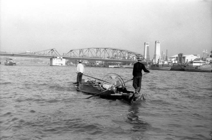 old river-compressman.jpg