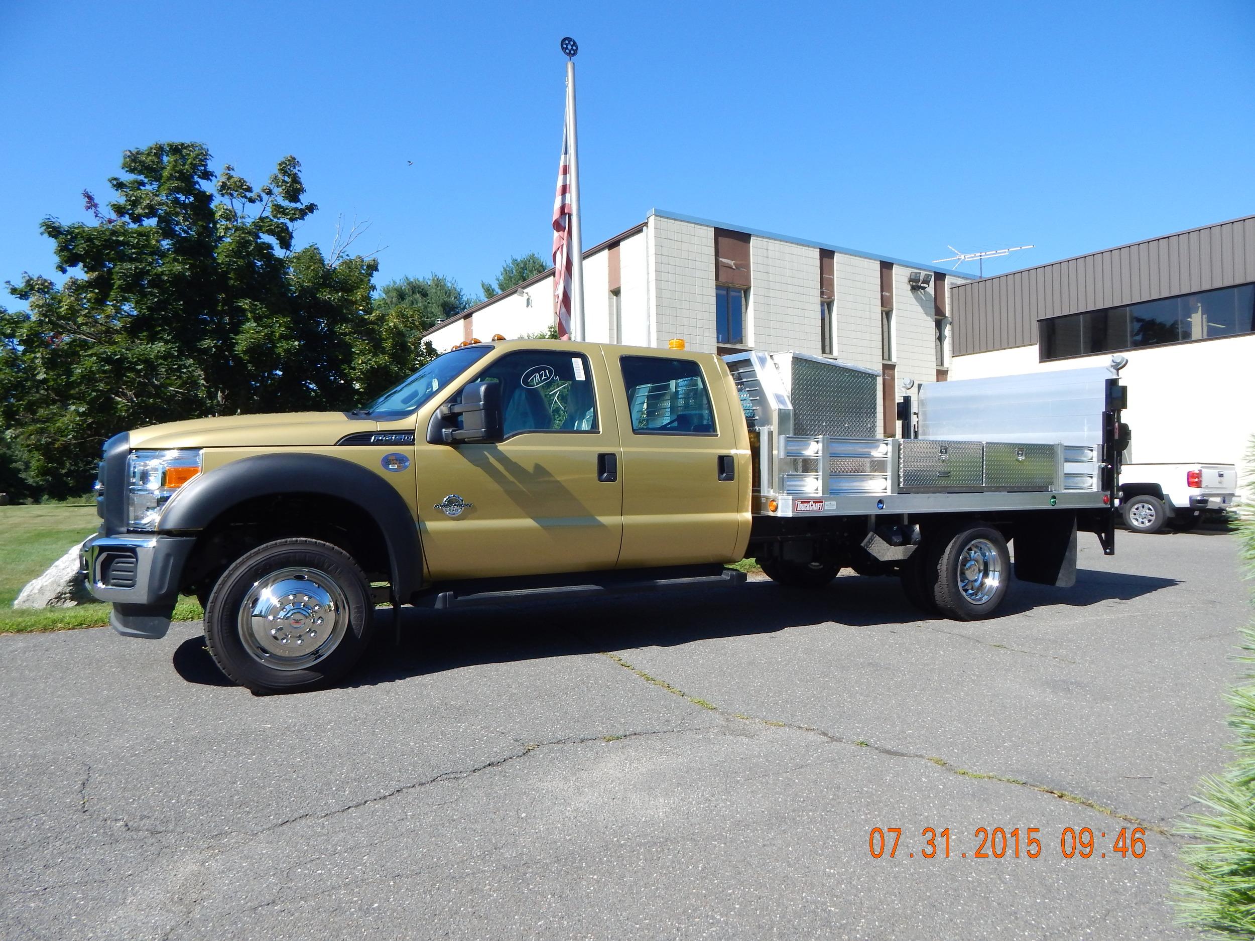 O&G Truck Craft w-gate 7-31-15 (11) (1).JPG
