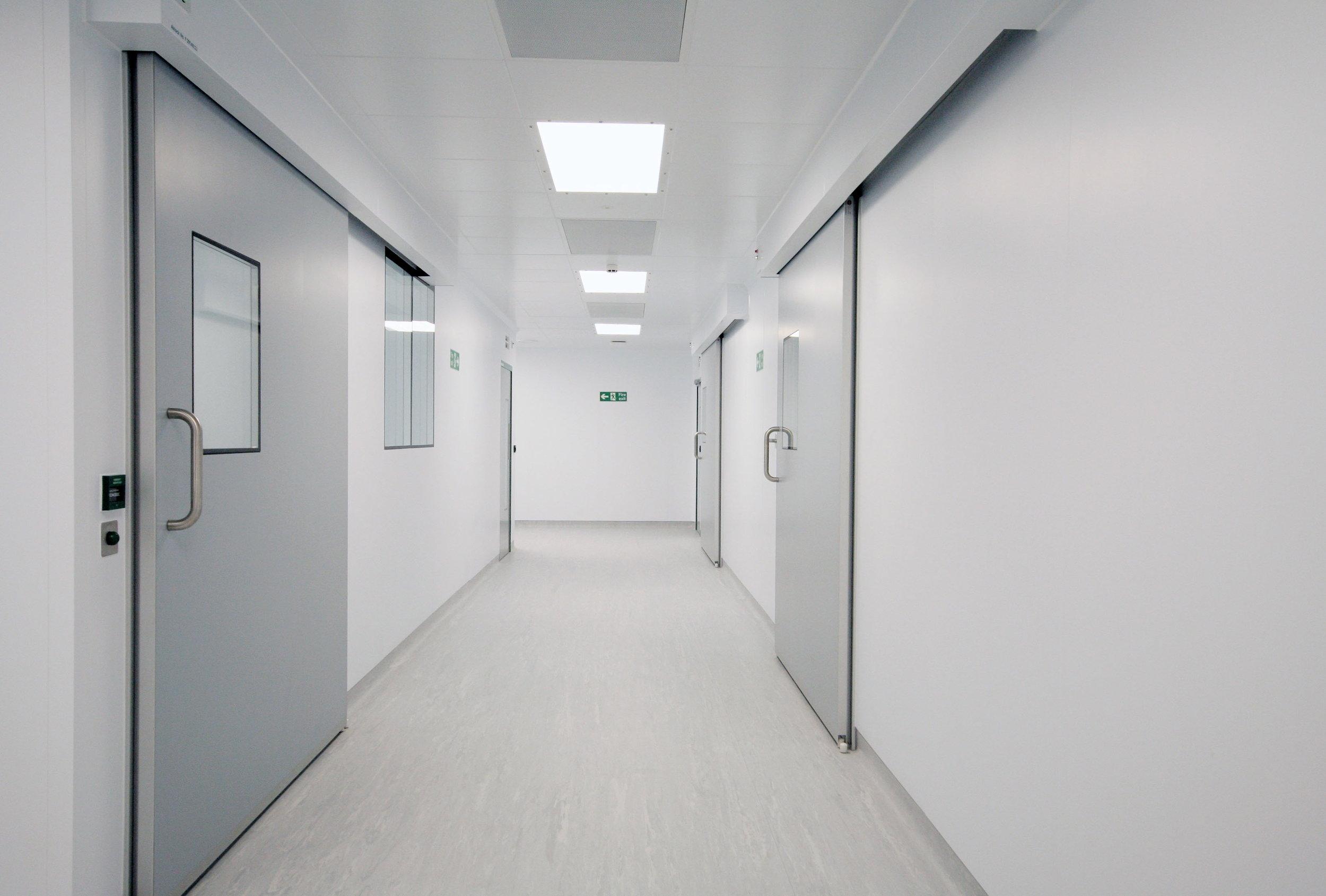 AstraZeneca - Cleanroom and Sliding Doors