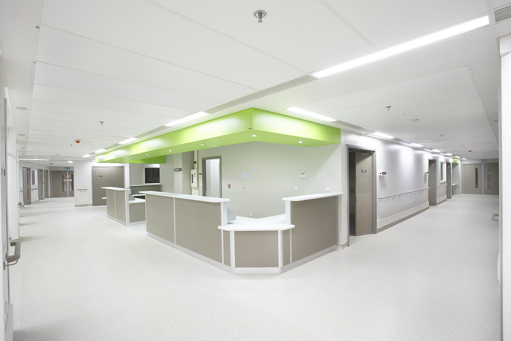 Royal London Hospital - Walk on Ceiling