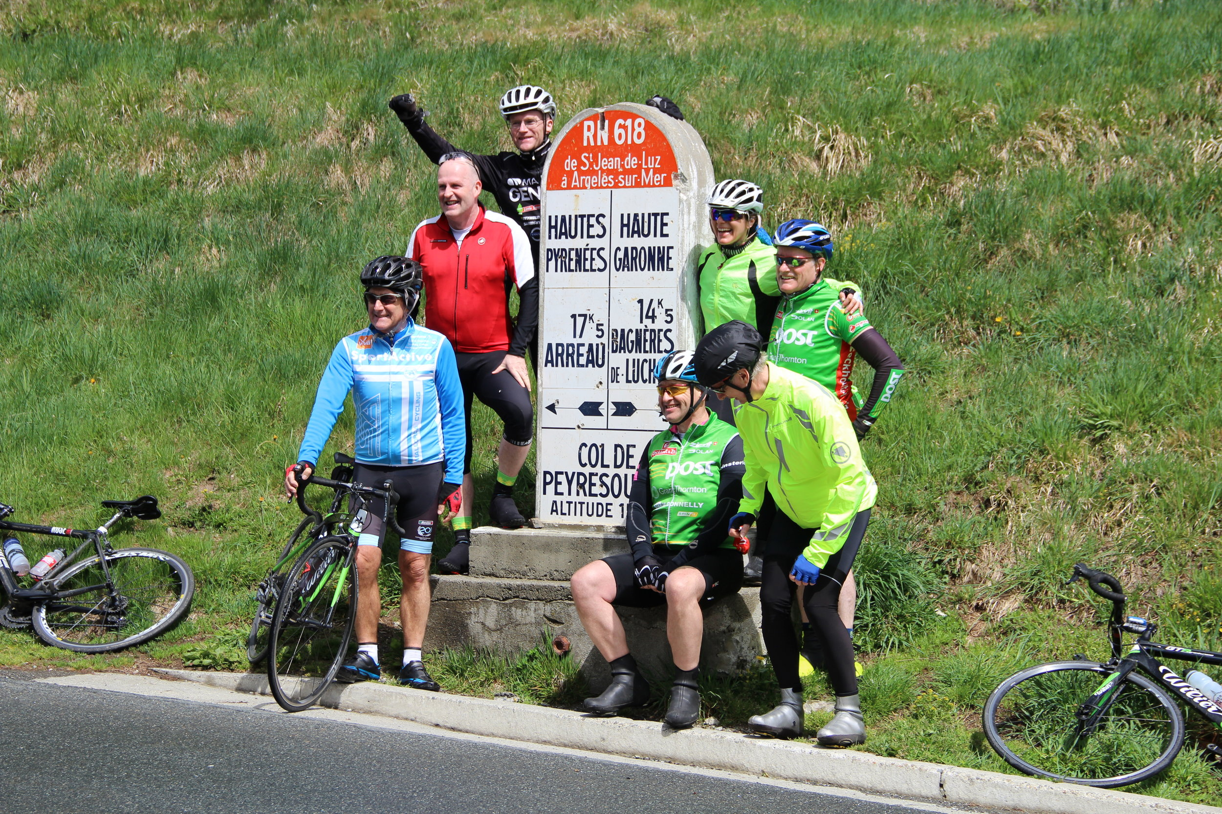 Obligatory photo at the top of the Col de Peyresourde