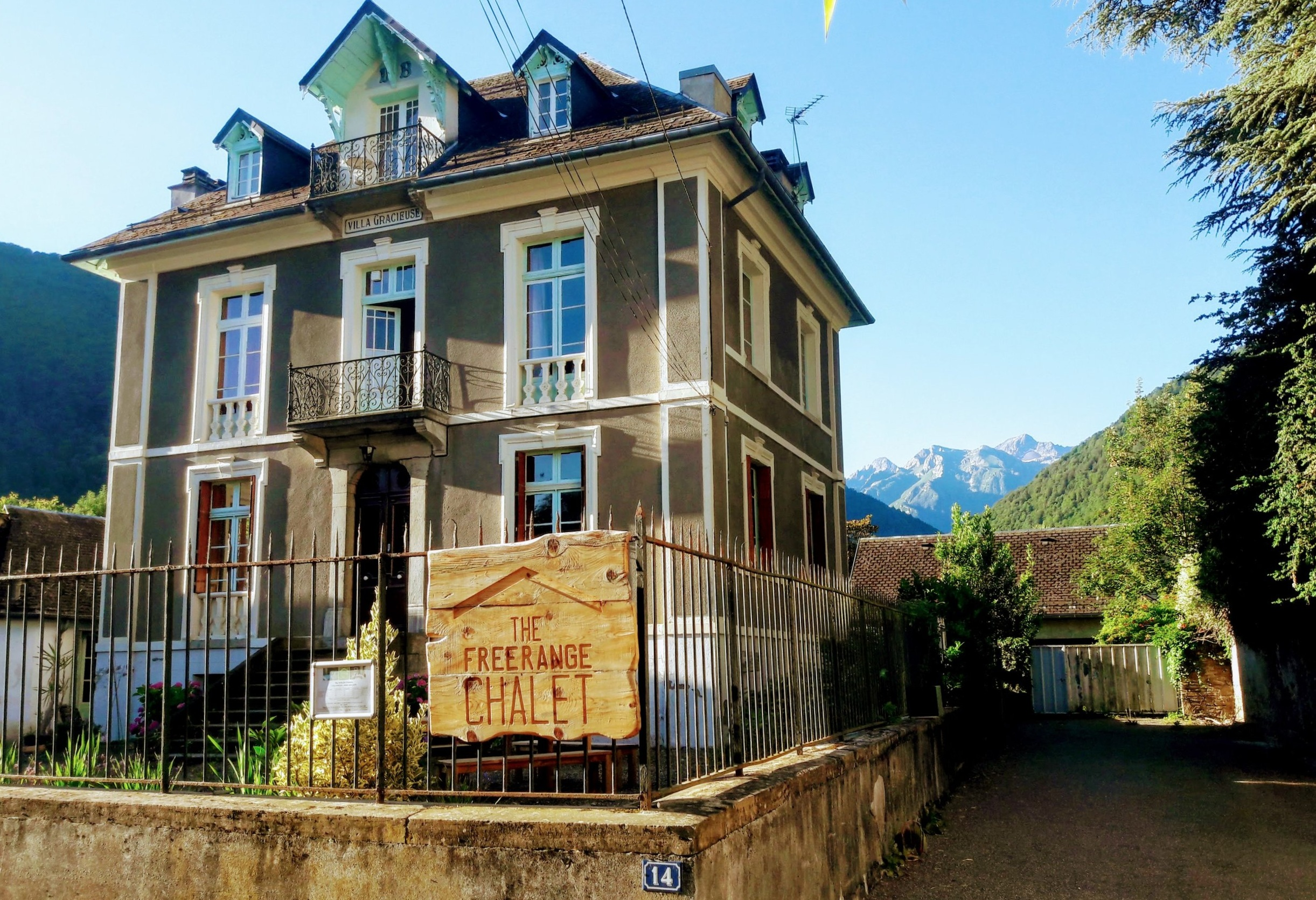 Picture perfect day in the Pyrenees - Villa Gracieuse with her mountain backdrop