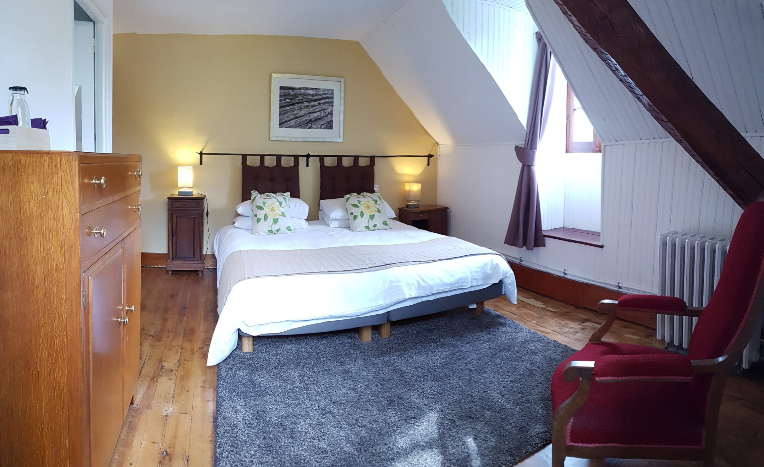 Yellow bedroom can be set up as Suoer king or twin beds