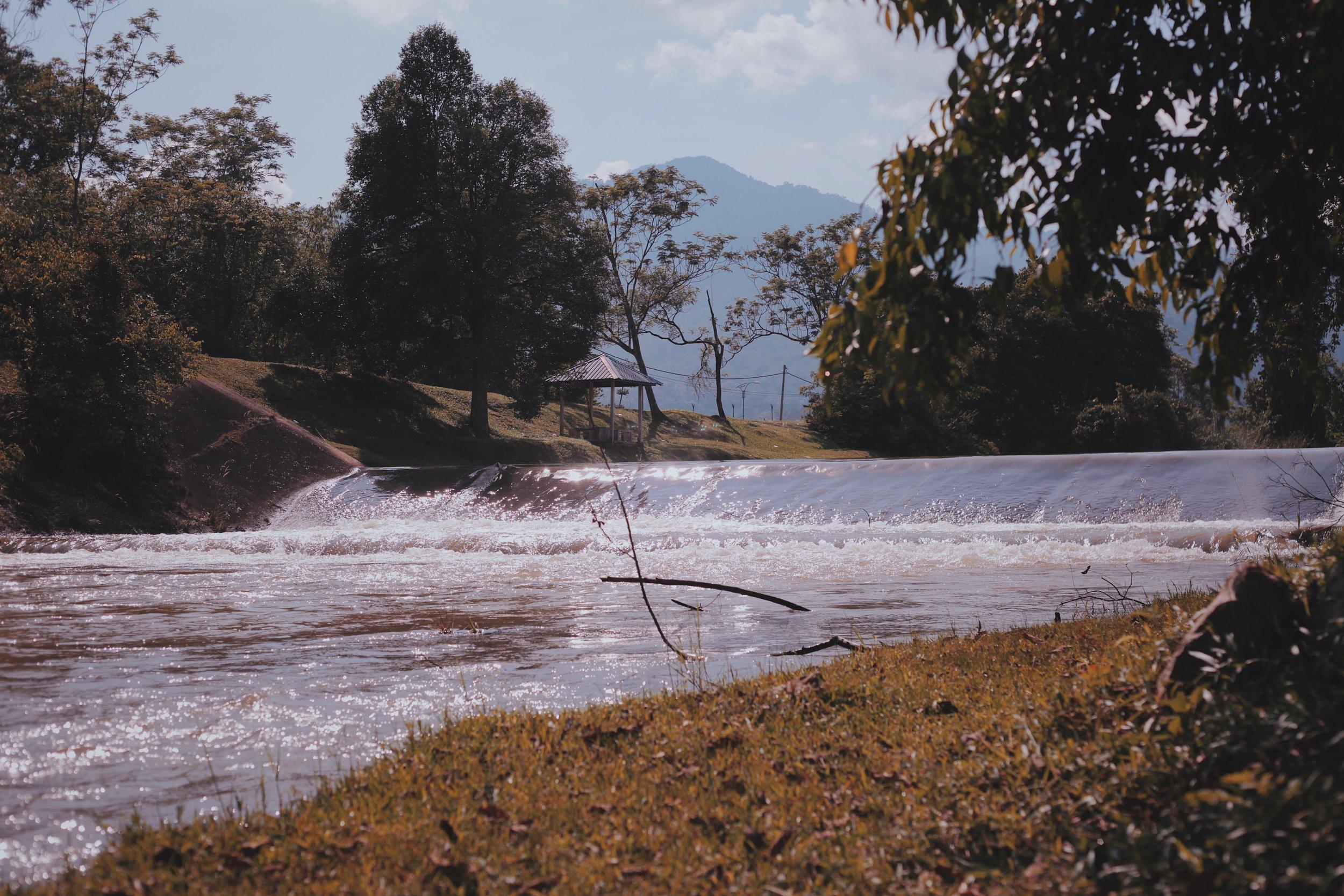 Broken Dam (Ampang Pecah)
