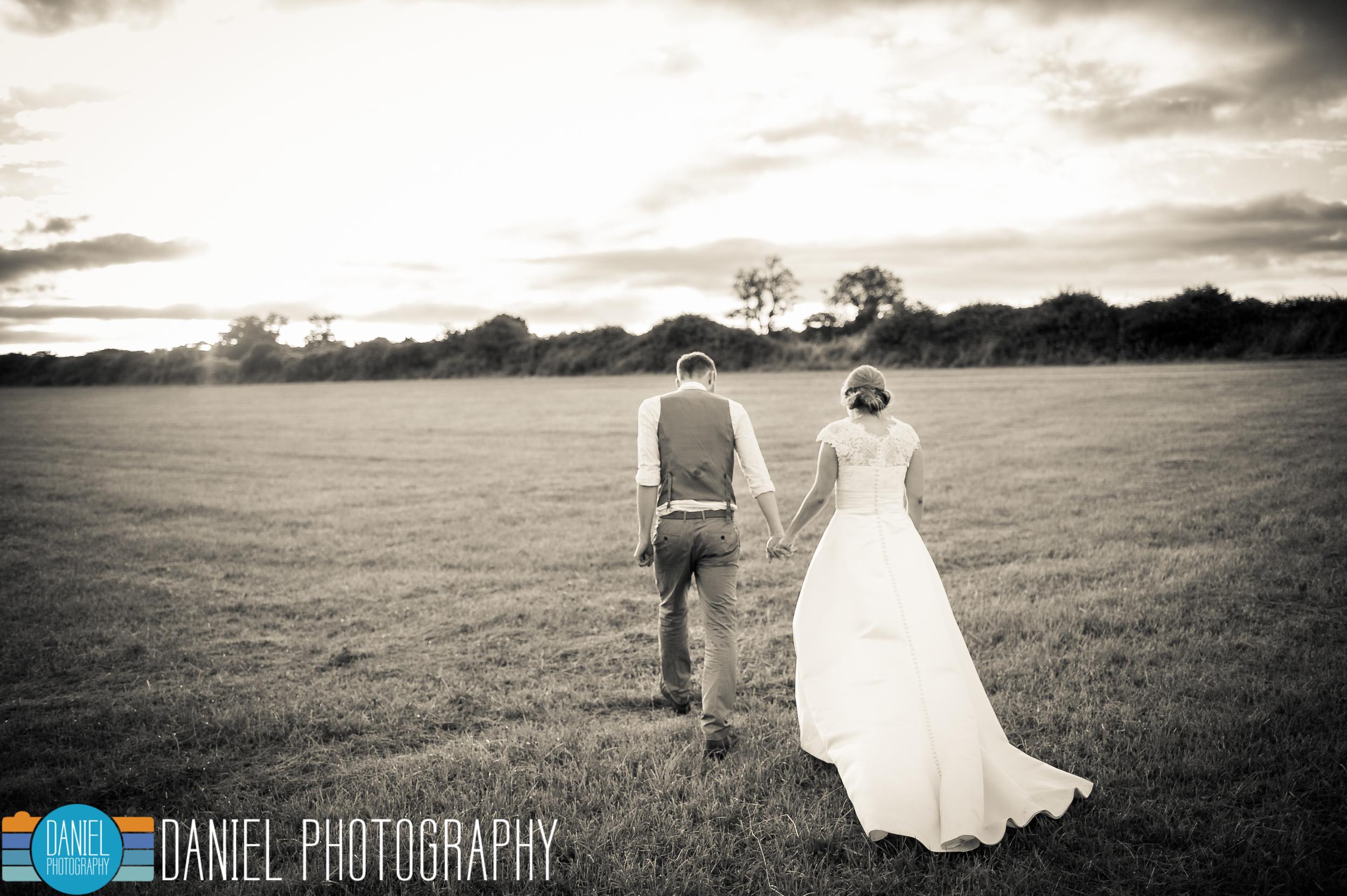 Dorset Wedding Photography, Knowlton Church, - Daniel Photography, Hampshire Wedding Photographer