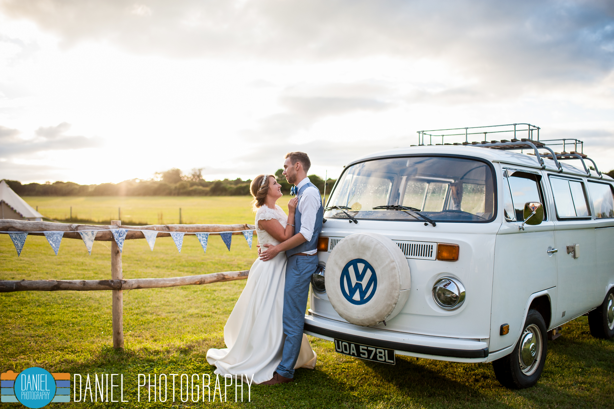 Dorset Wedding Photography, Knowlton Church, VW Camper - Daniel Photography, Hampshire Wedding Photographer