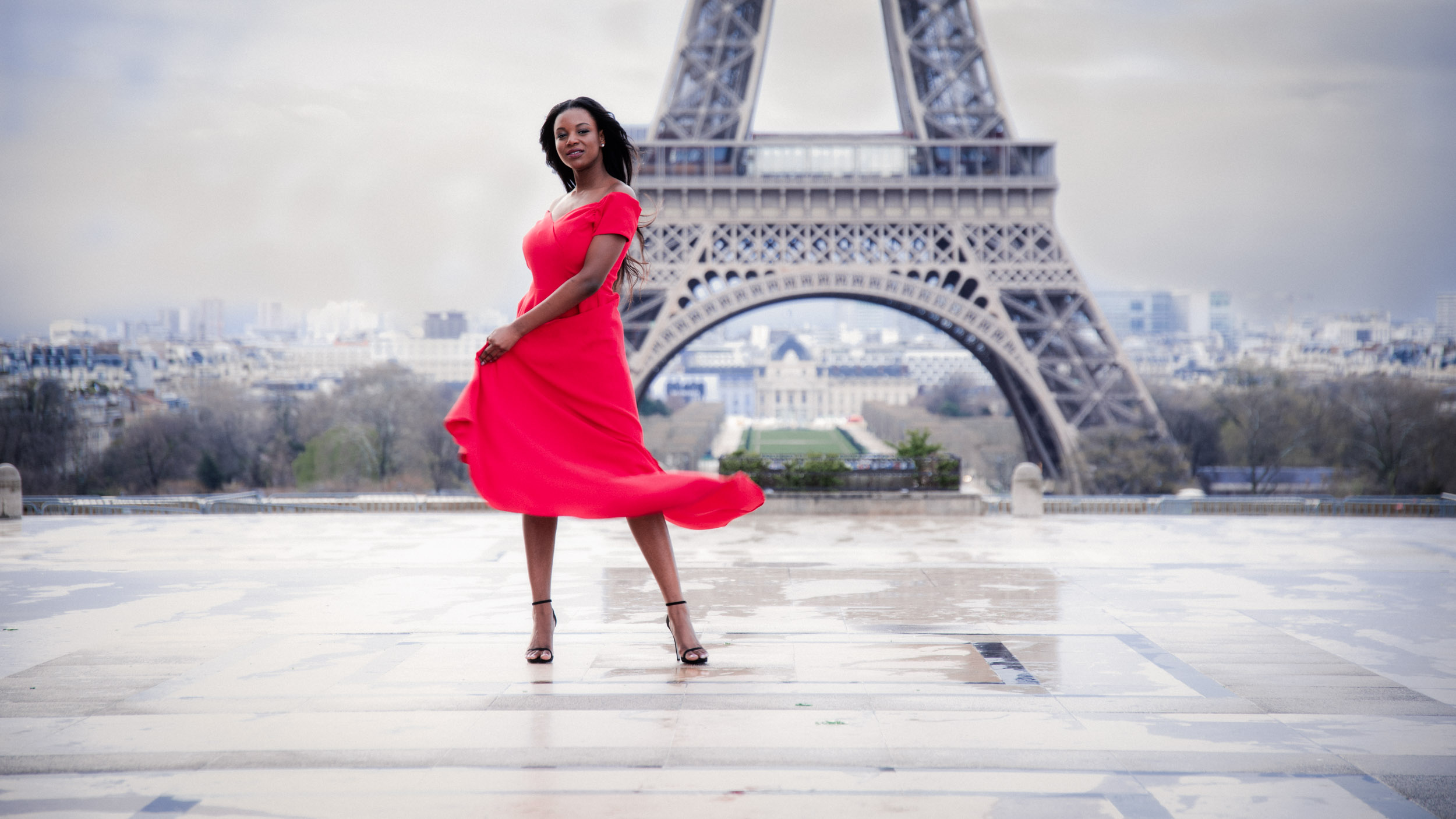 Your Paris Dream Photoshoot -
