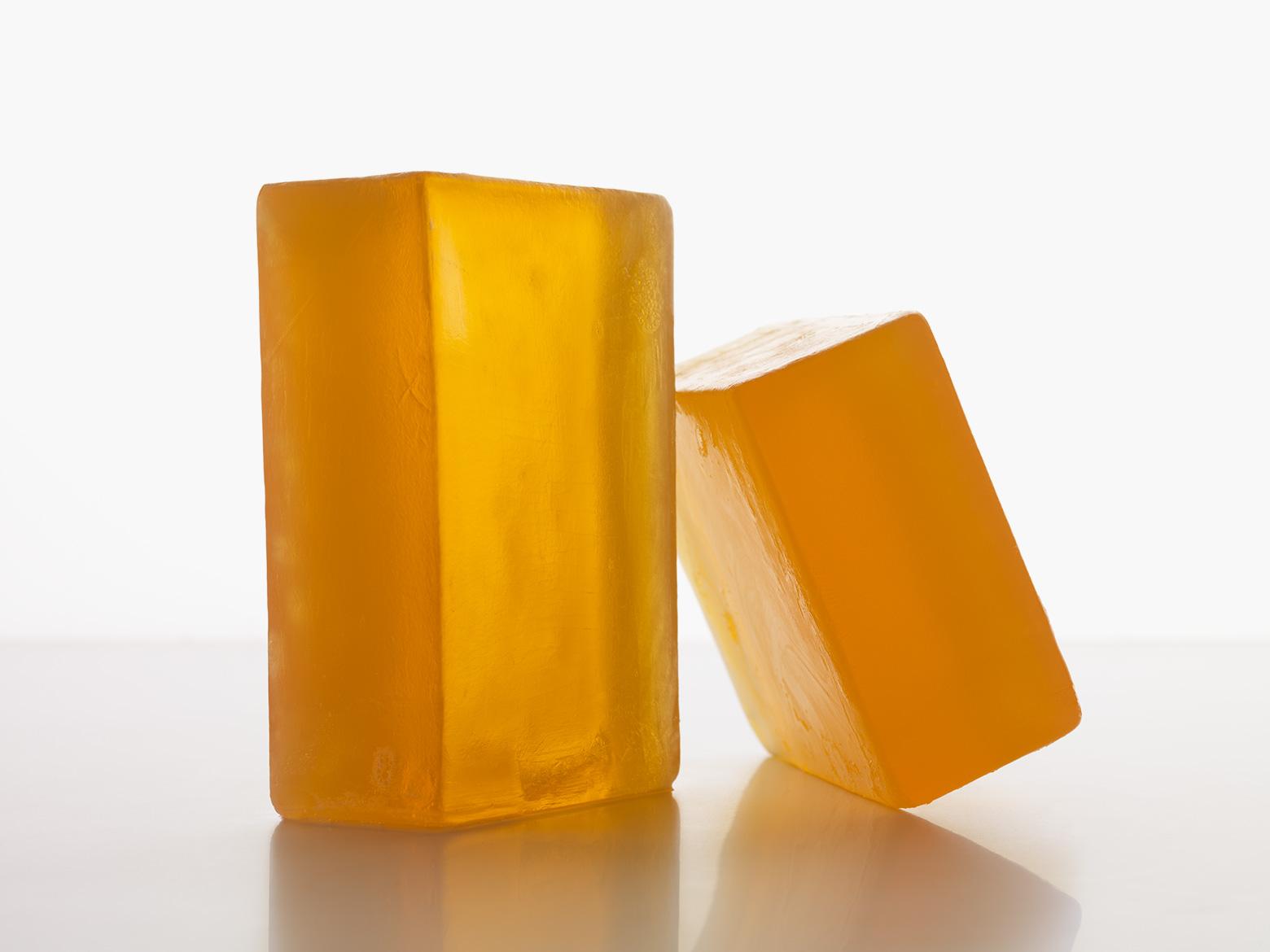 2.SP-R Thumb Soap -close-up_070-no-adj.jpg