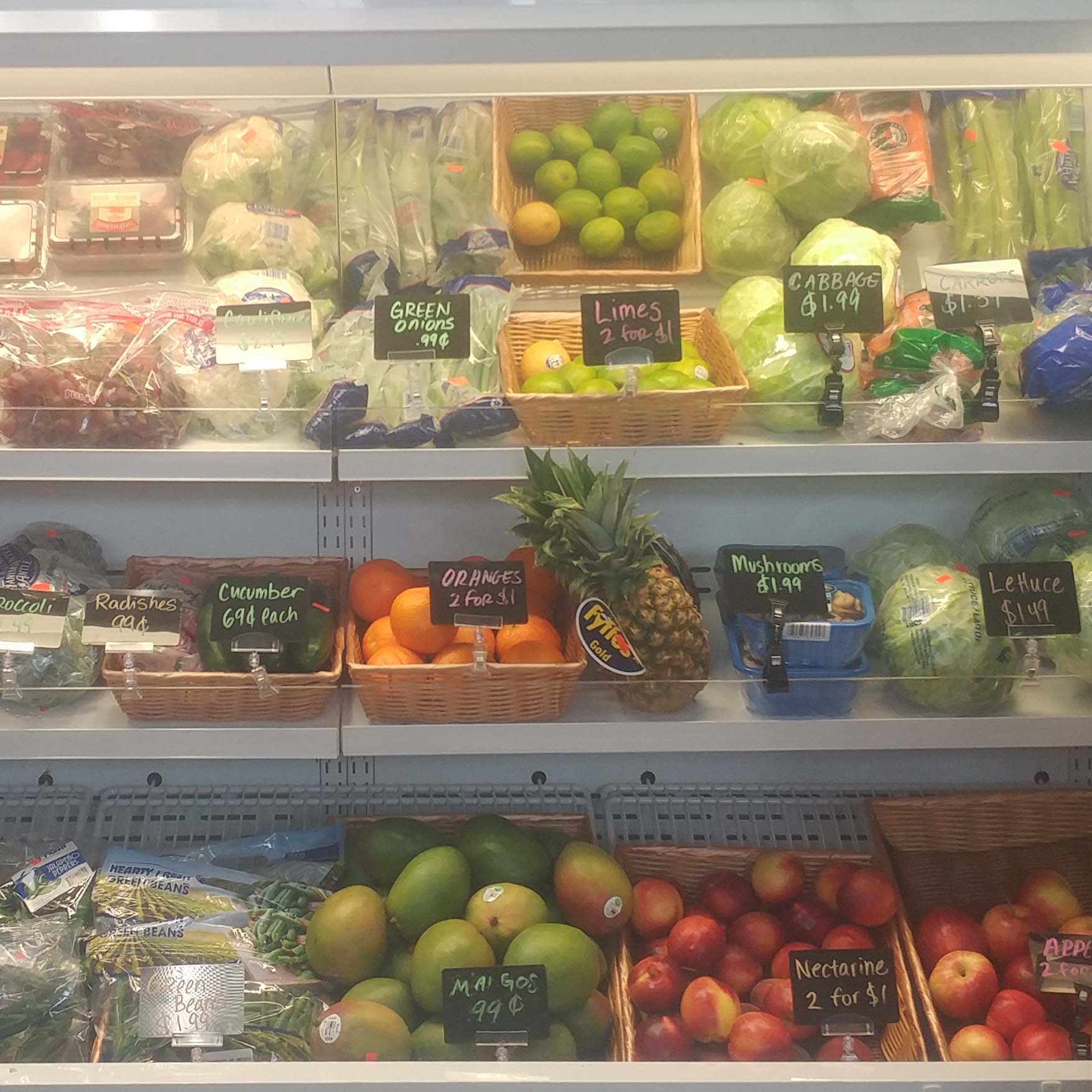 With the help of Be Healthy Berrien, a collective impact initiative supported by United Way, the Covert Citgo is undergoing a healthy corner store transformation. Fresh fruits and vegetables, along with other healthy items, have been added to the corner store's inventory.