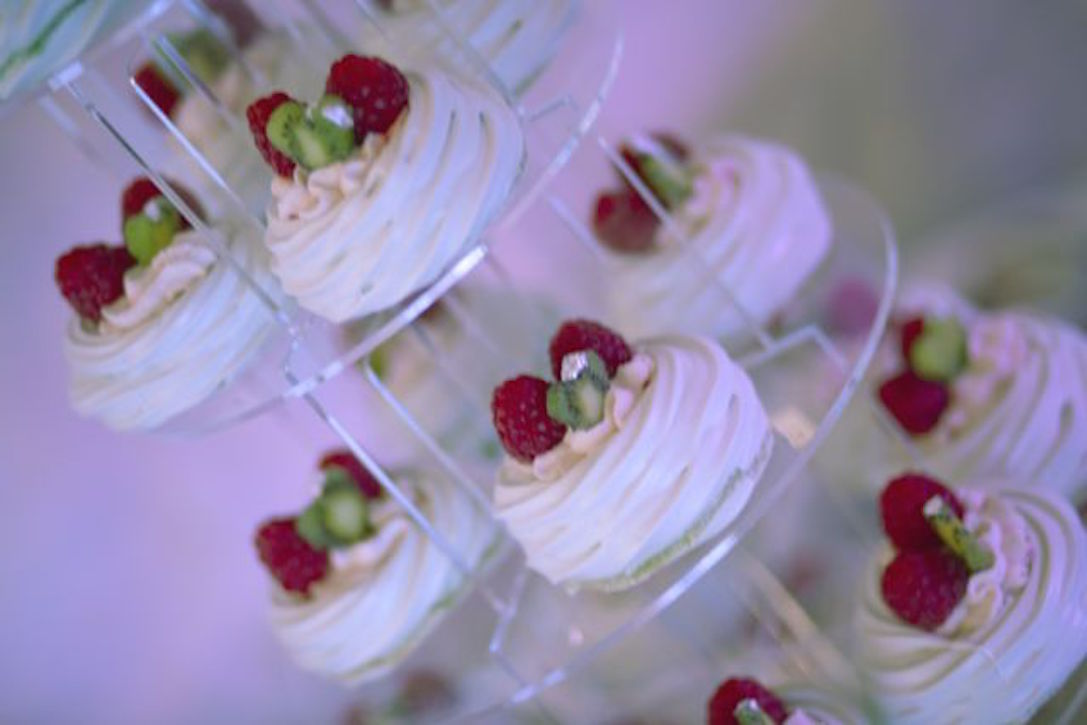 Raspberry and kiwi wedding pavlovas