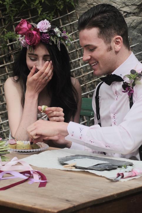 Enjoying wedding pâtisserie