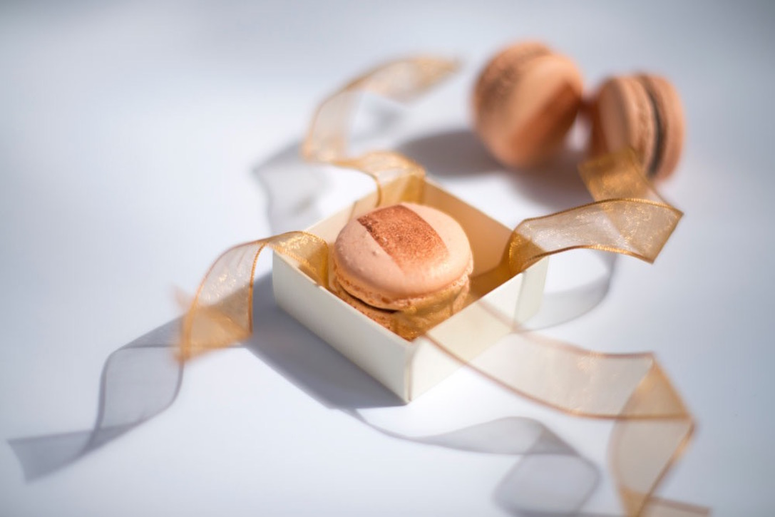 Mandarin macarons
