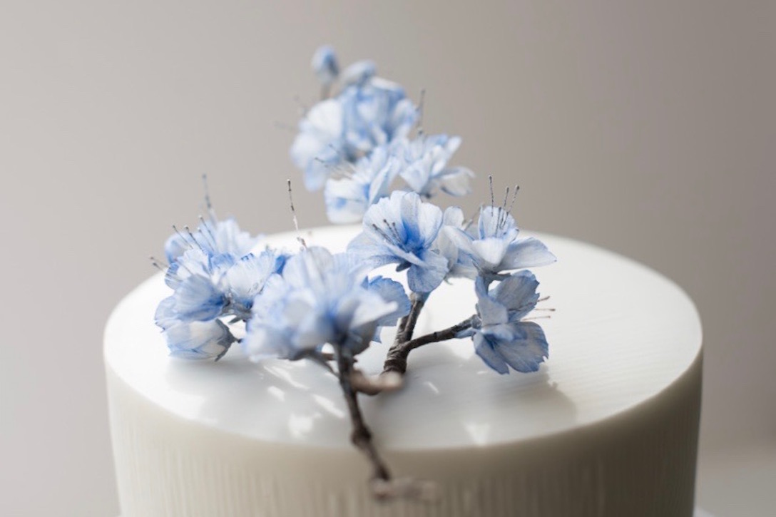 cherry-blossom-wedding-cake-4