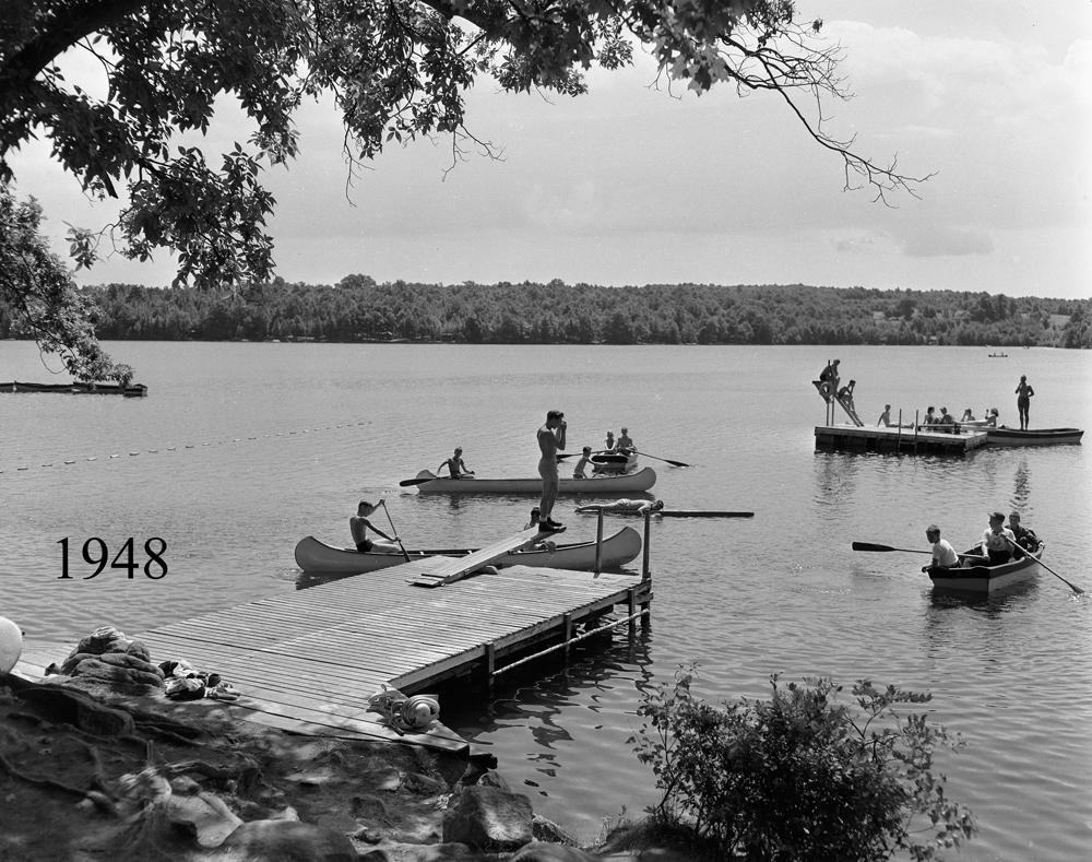 Boys Dockside Boats 1948.jpg