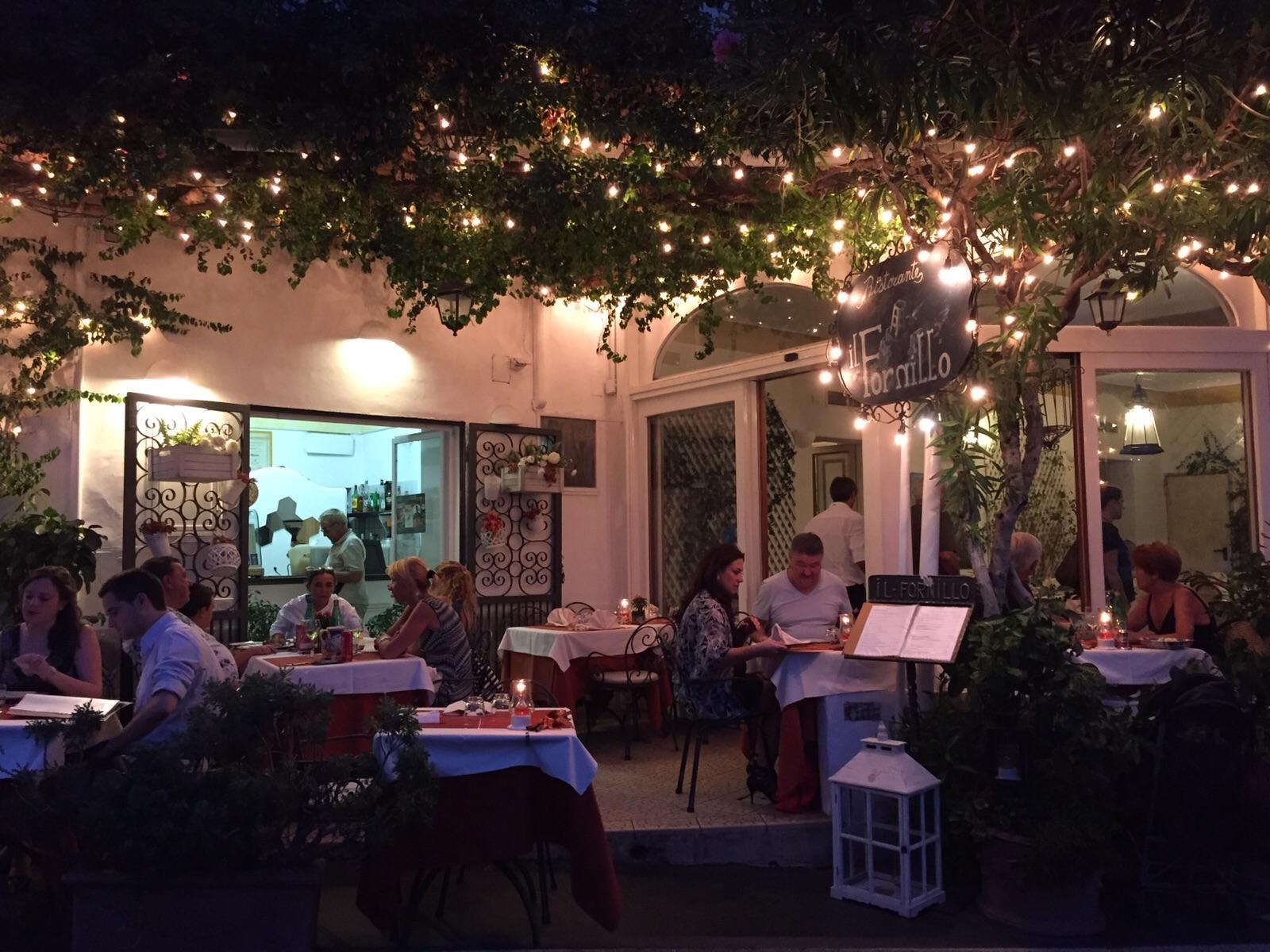 Vegan food at pizza restaurant/takeaway Il Fornillo, Positano, Italy