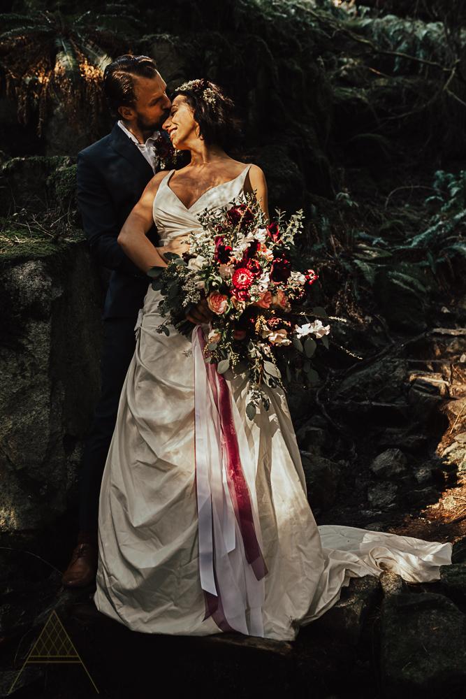 stylish-vancouver-wedding-photography-15.jpg
