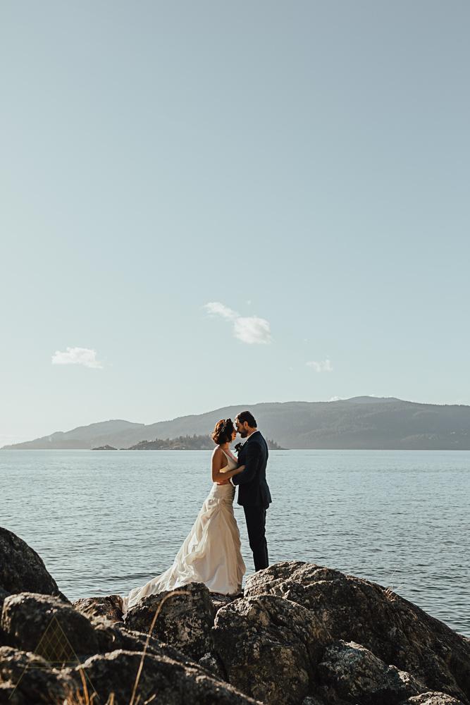 stylish-vancouver-wedding-photography-43.jpg