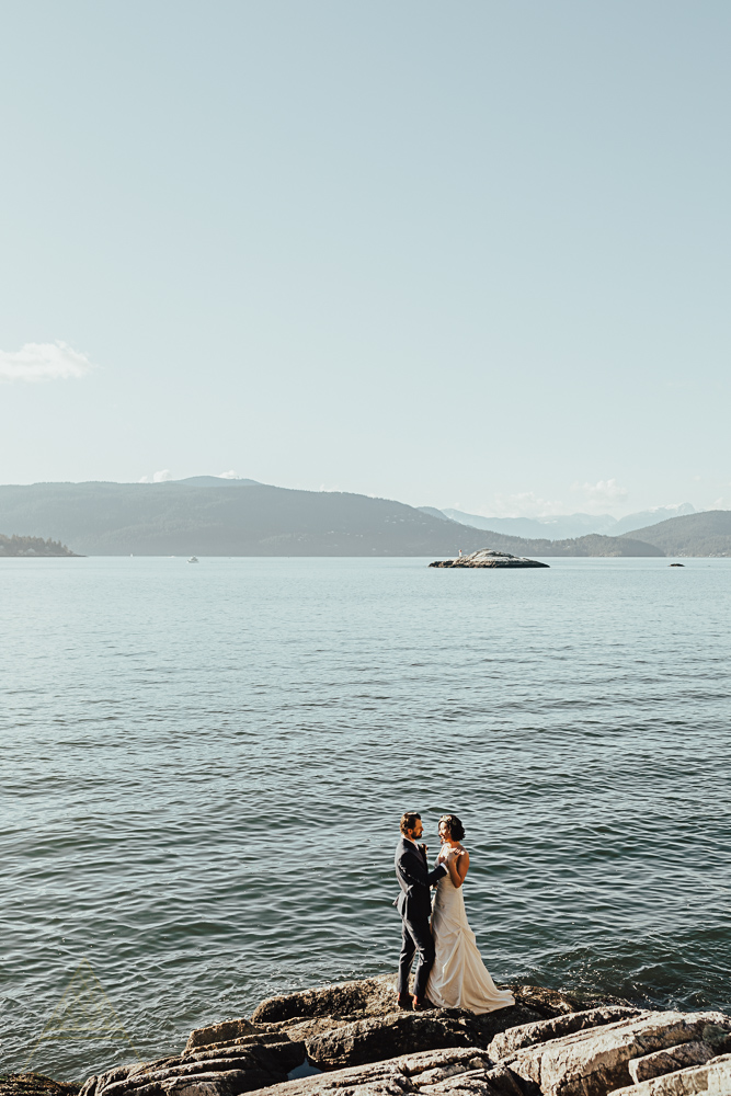 stylish-vancouver-wedding-photography-47.jpg