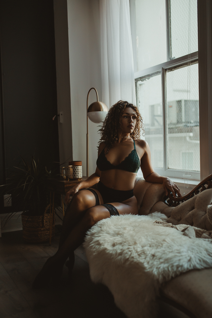 Best Boudoir Photographer Vancouver-5.jpg
