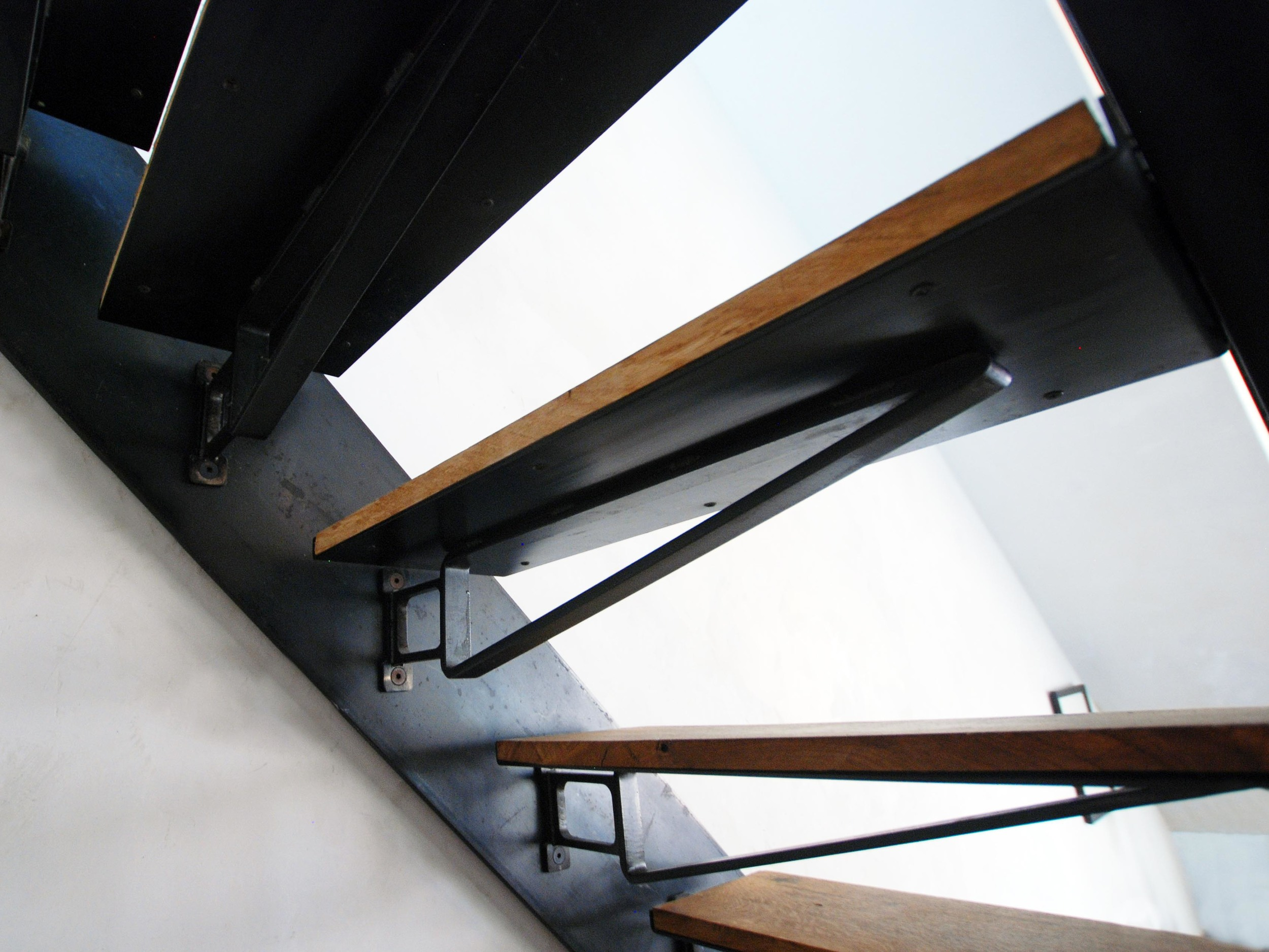 Serett Metalworks Residential Woodward 4-88.JPG