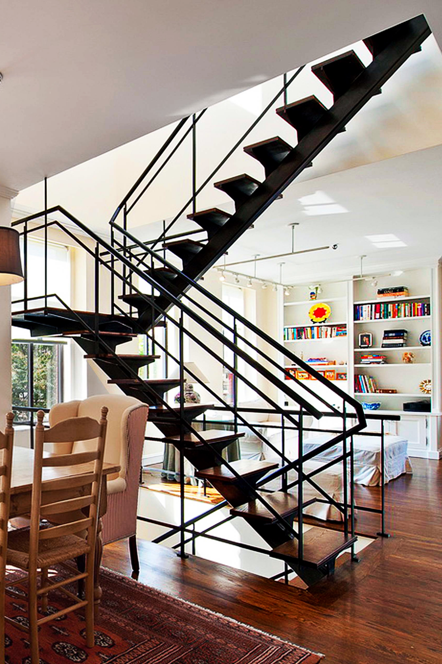 Single Stringer Staircase With Oak treads