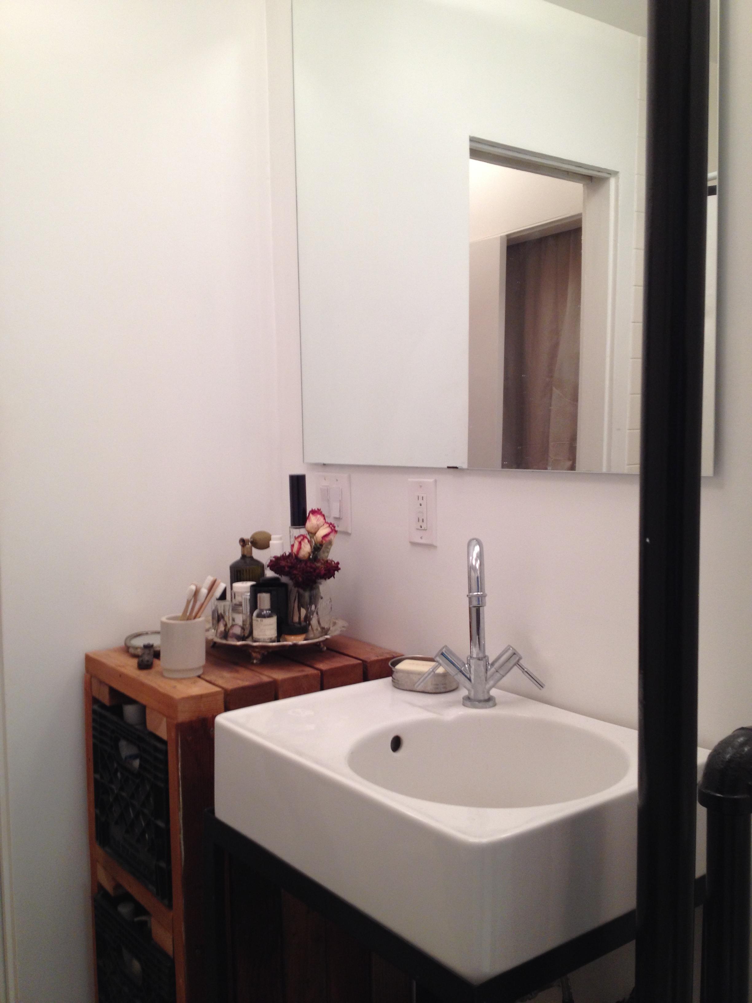 6 bedroom 2 bath 2.jpg