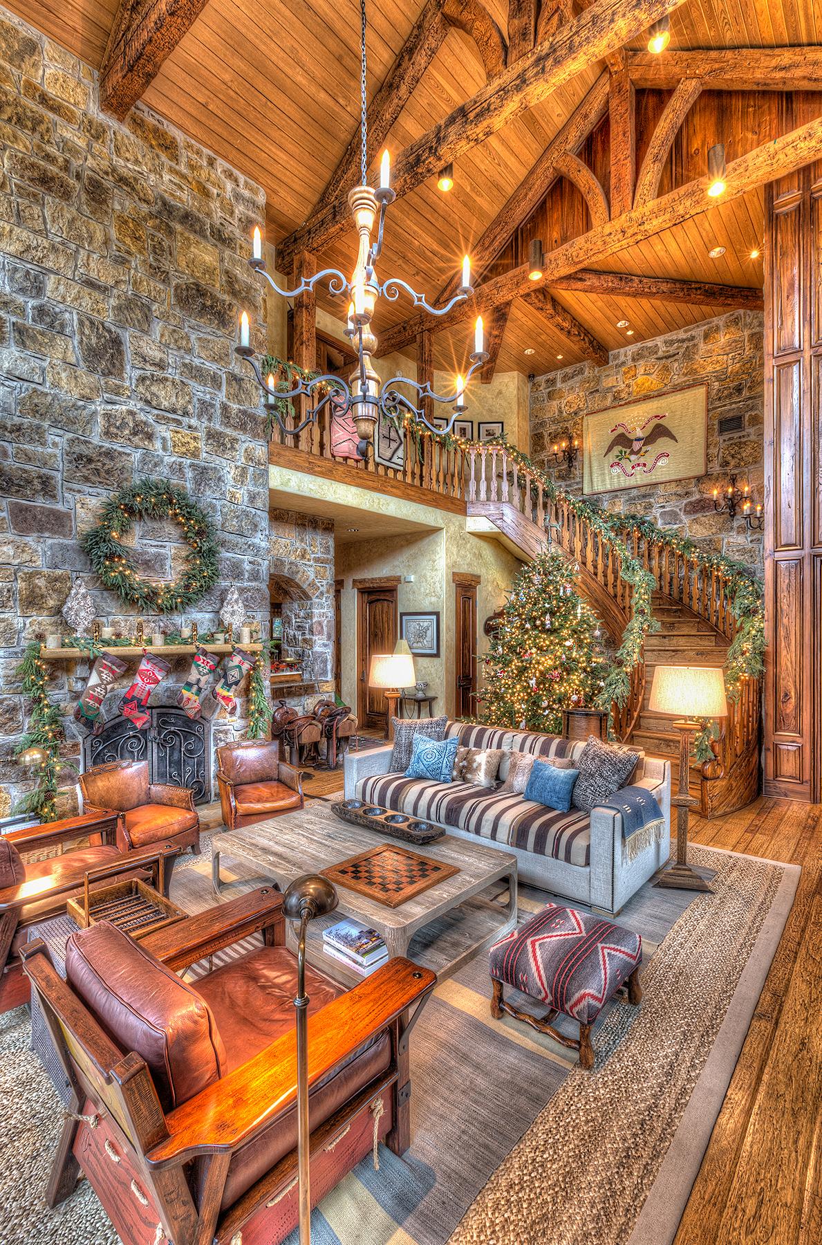 v_davidson_livingroom-vertical.jpg