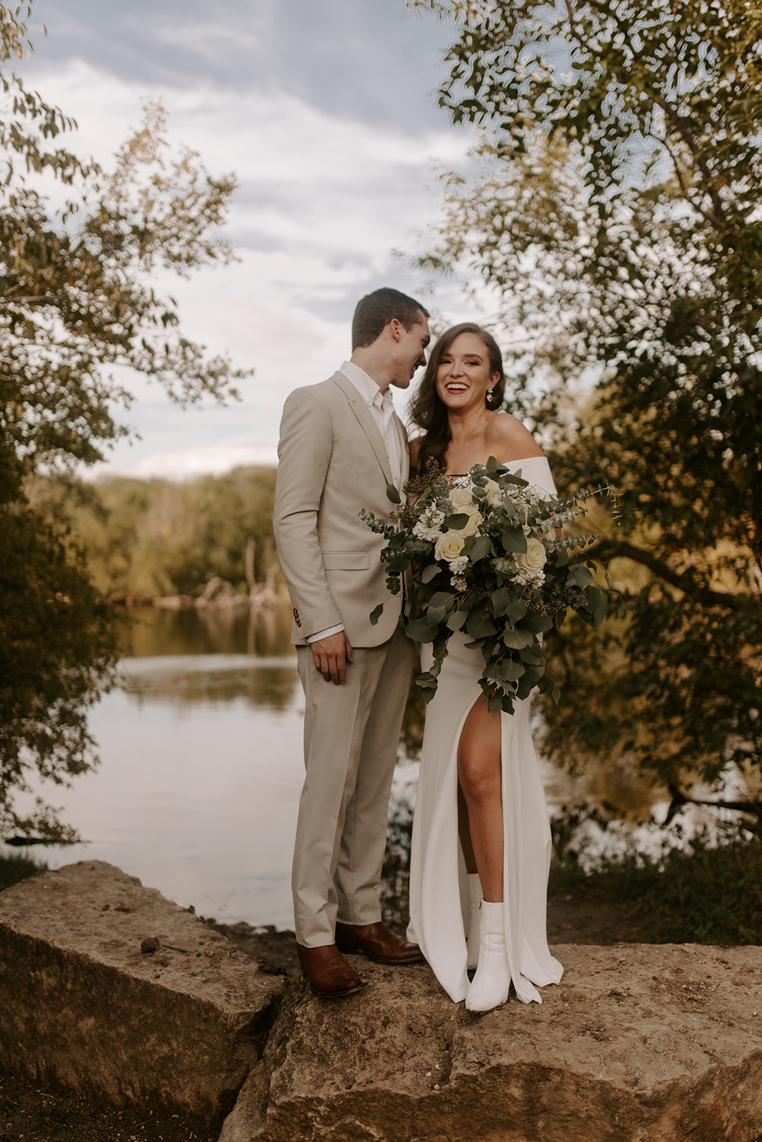 Winter-Fall Elopement- Meme Urbane Photography photos.jpg