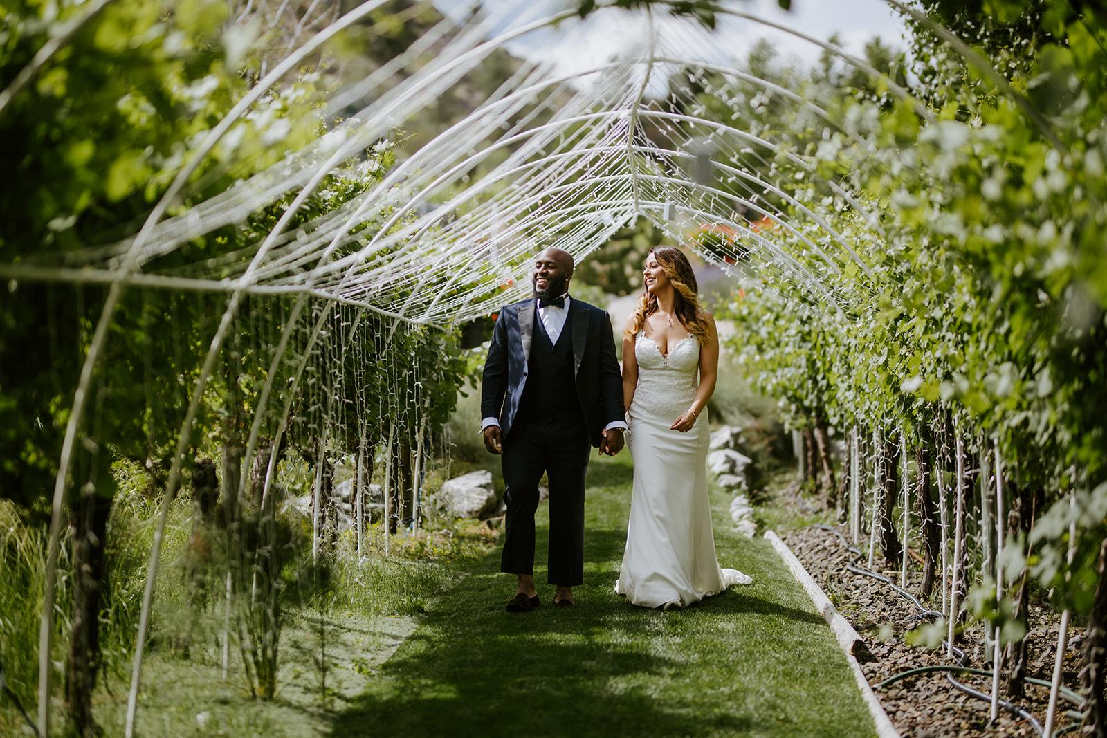 Danielle + Shey- Wedding Photos - Karma Vineyards - Sneak Peeks! - Meme Urbane Photography-11_websize.jpg