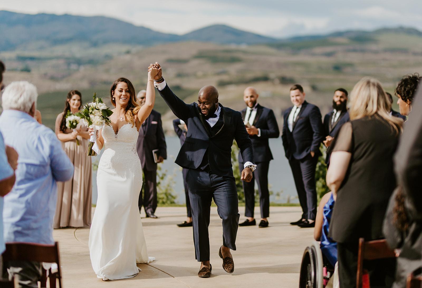 Danielle + Shey- Wedding Photos - Karma Vineyards - Sneak Peeks! - Meme Urbane Photography-17_websize.jpg