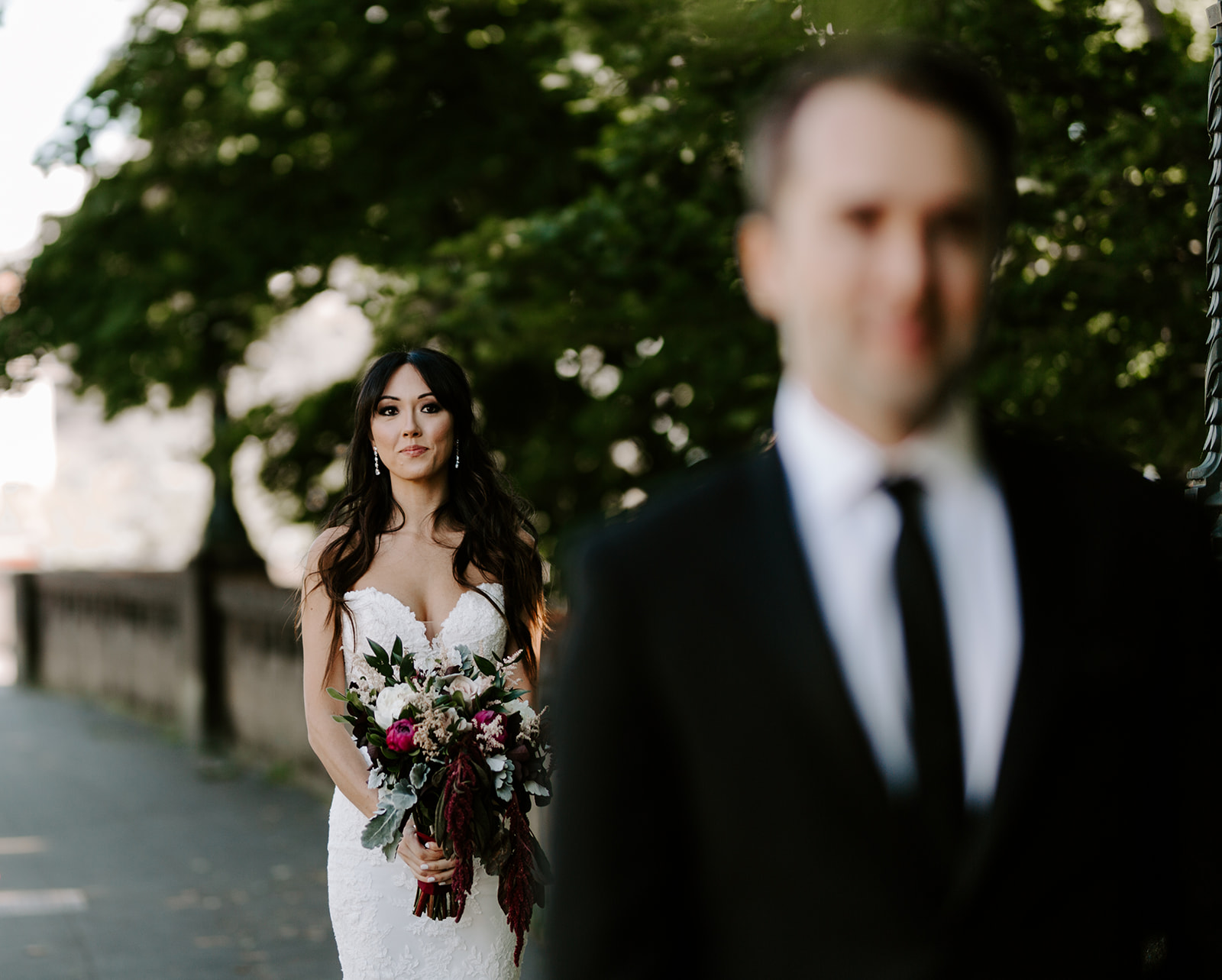 Jenny + Luke - Parsons Gardens - Seattle Washington - Sneak Peeks! Meme Urbane Photography-18_websize.jpg