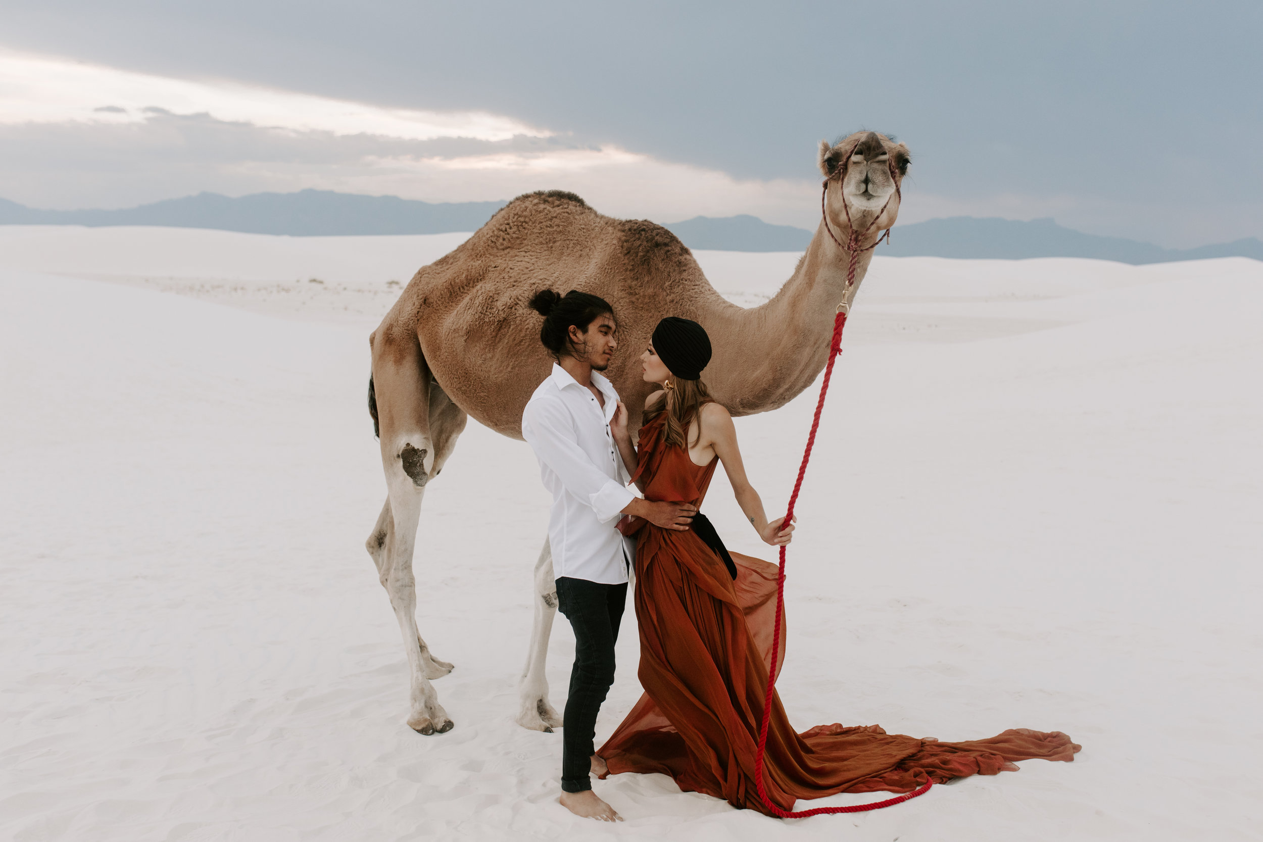 White Sands - Alamogordo, New Mexico - Camel Styled shoot  - Meme Urbane Photography_-3.jpg