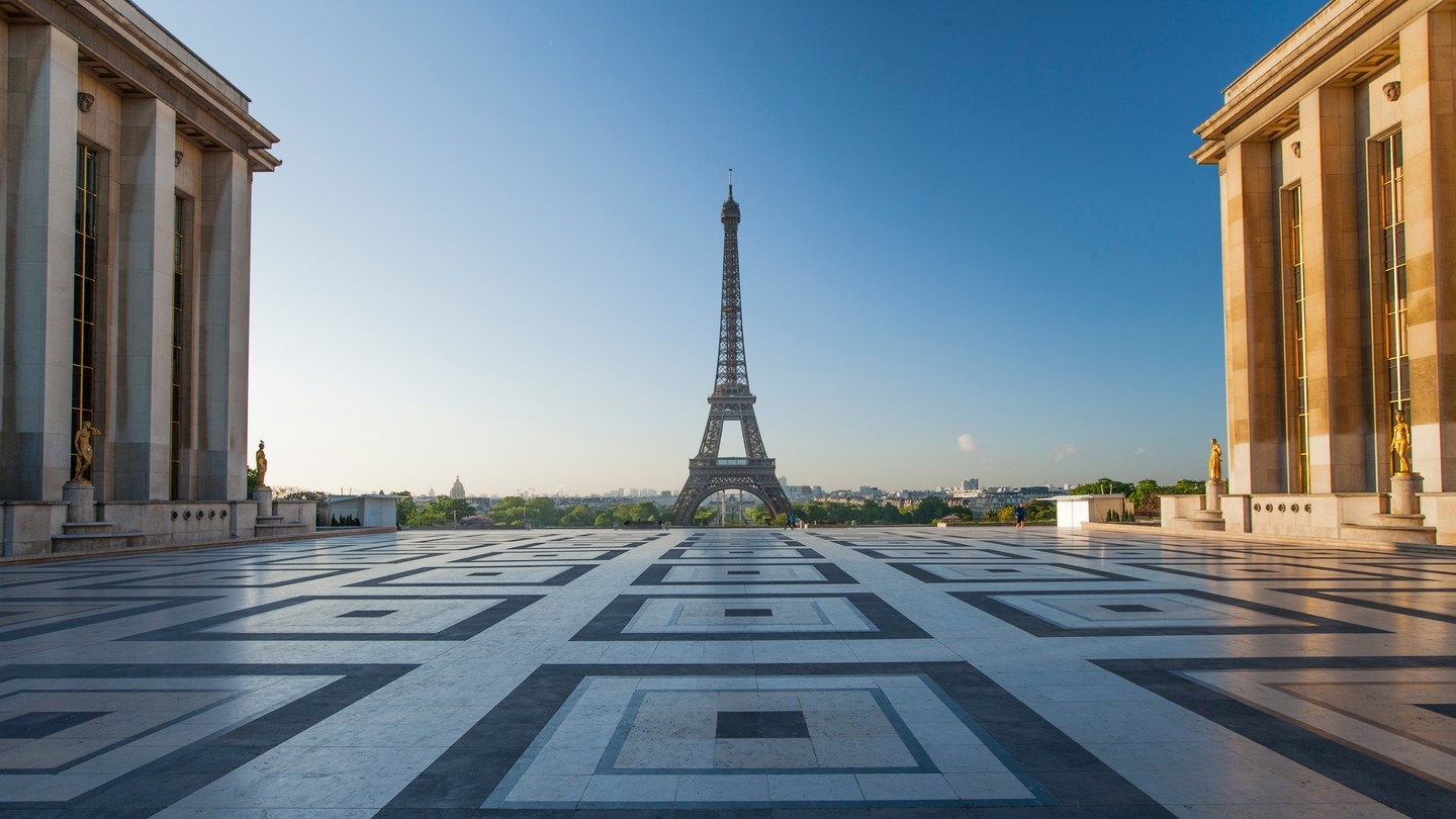 Place-Trocadero_2018_GettyImages-521062958.jpg