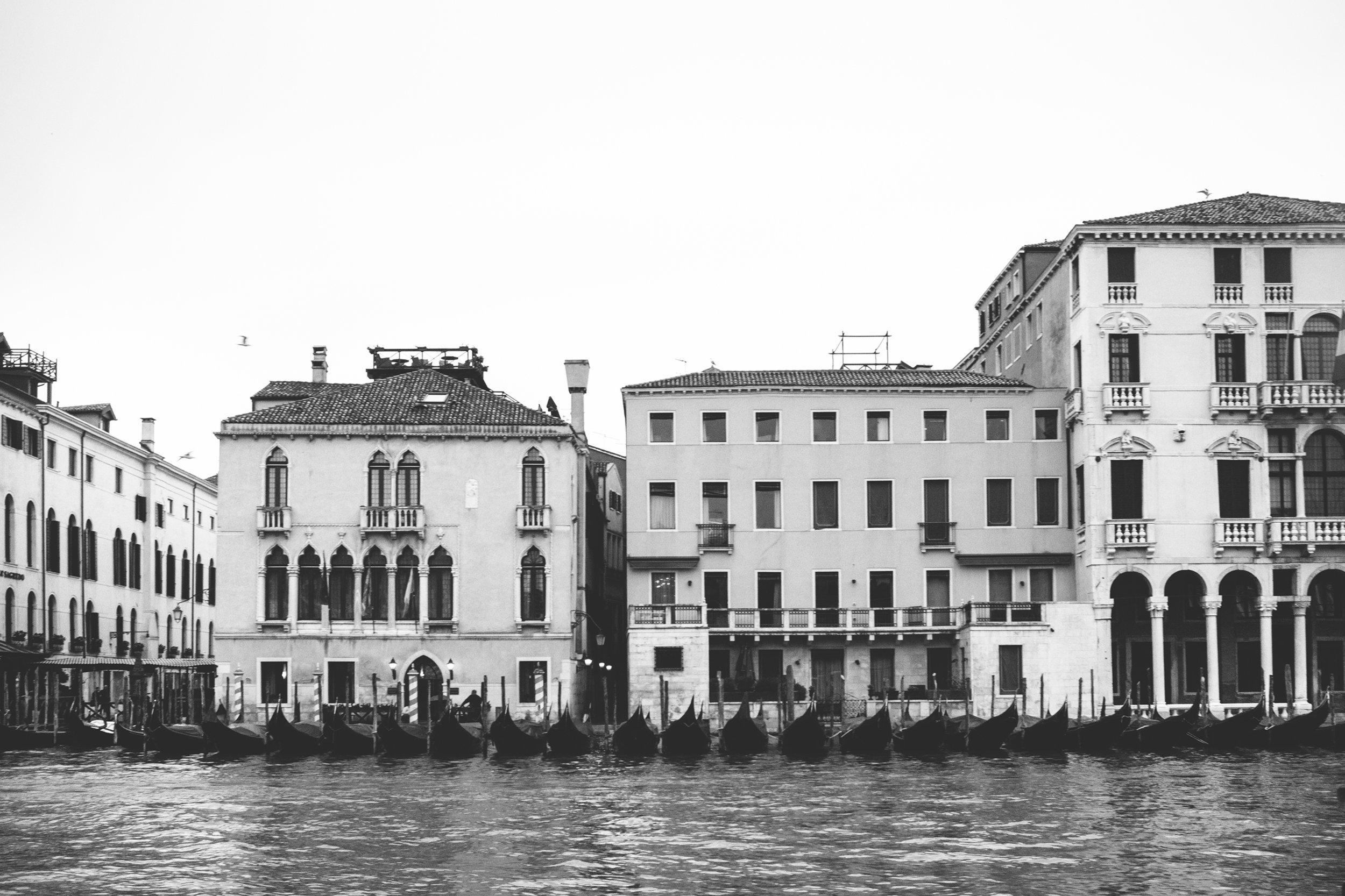 Venice_06032016_153_bw.jpg