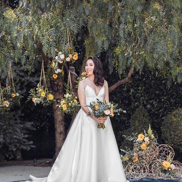 Loving how my cousin's wedding photos came out! Congrats @gchin99 🤵 @iamsogingerly 👰 ❤️you guys! 😘 📷 @artrec_wedd HMU💄@minstylist @e2beauty #e2beautyteam #lawedding #junebride