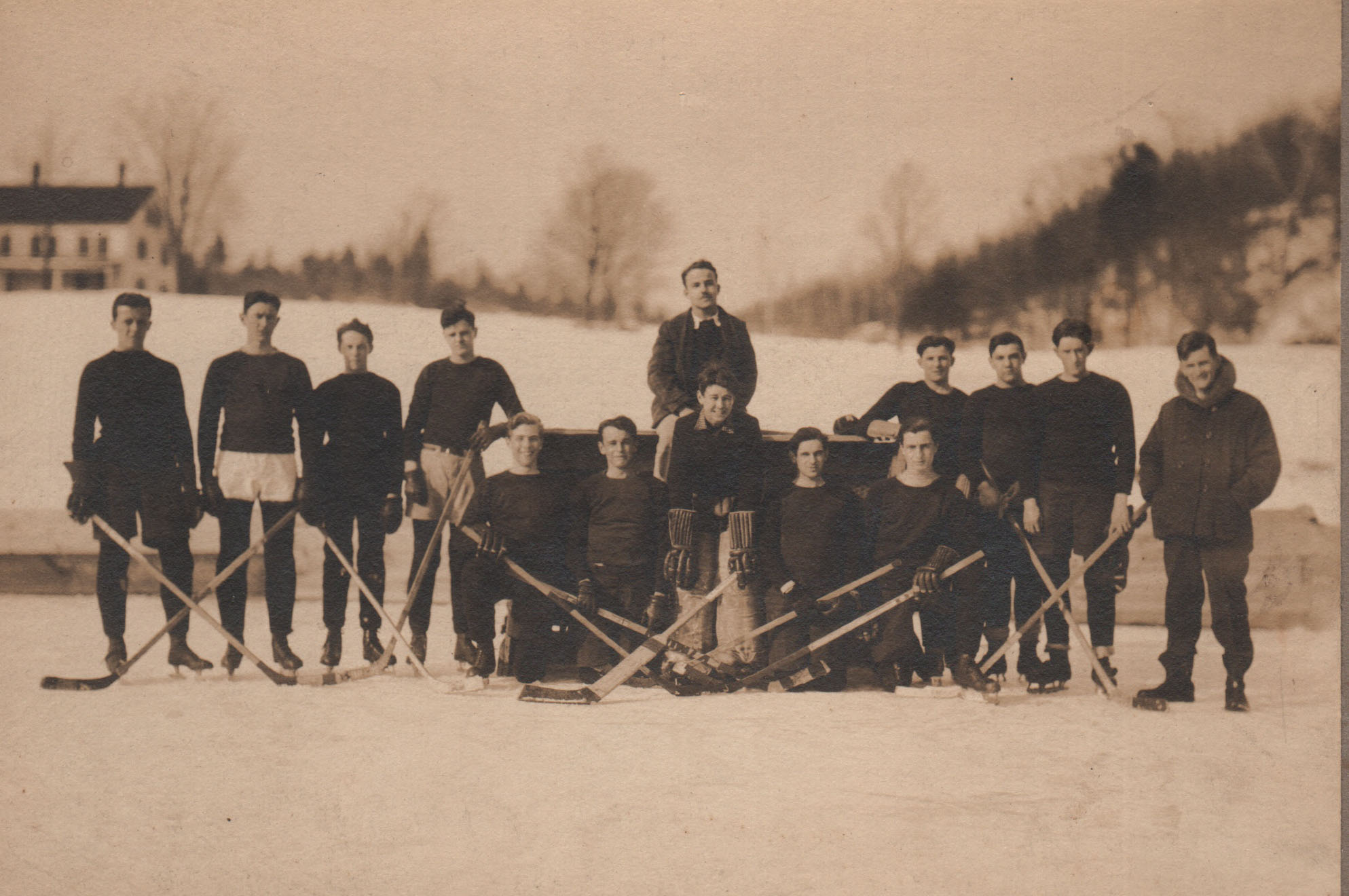 009Hockey.jpg