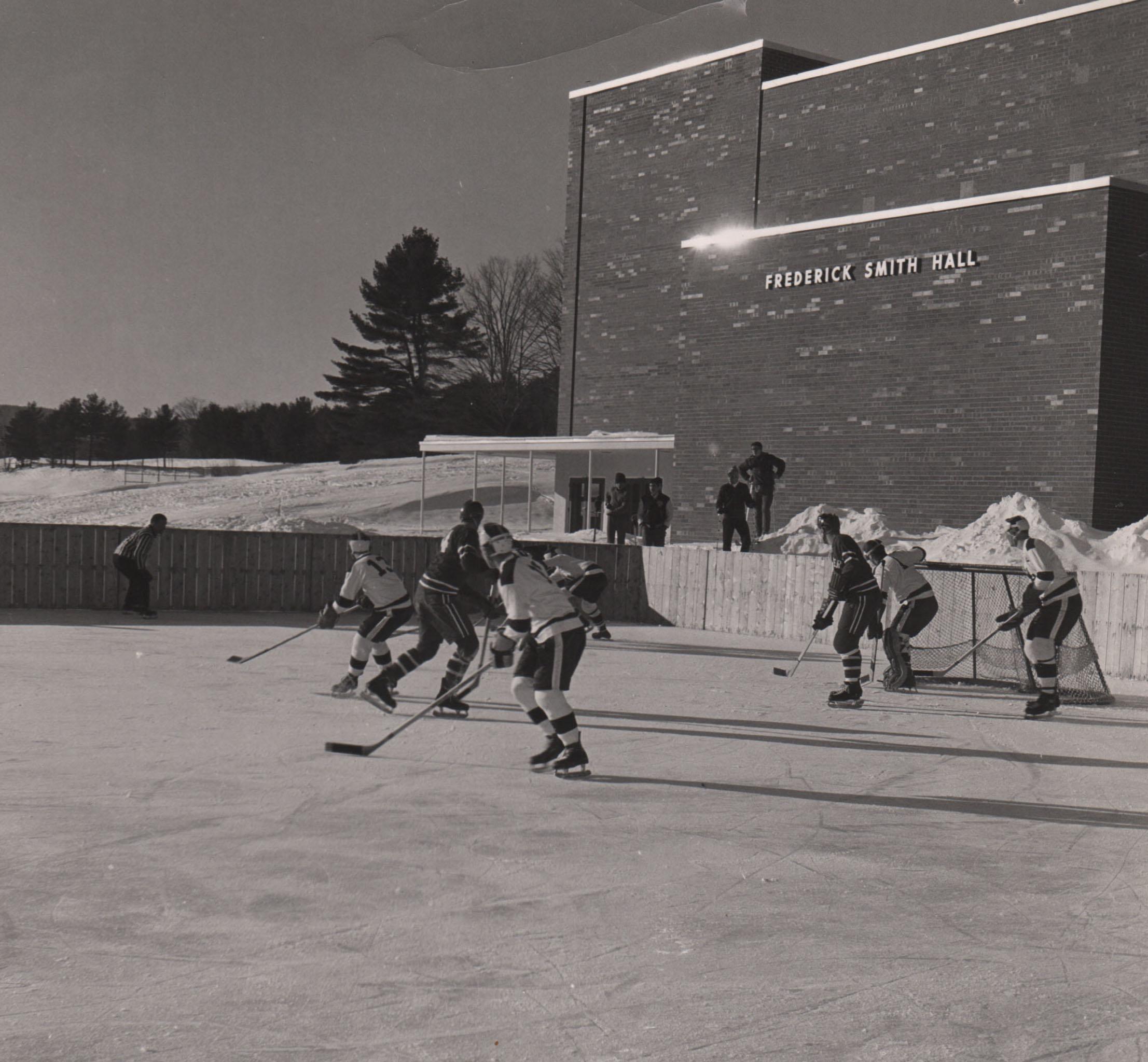 026Hockey.jpg