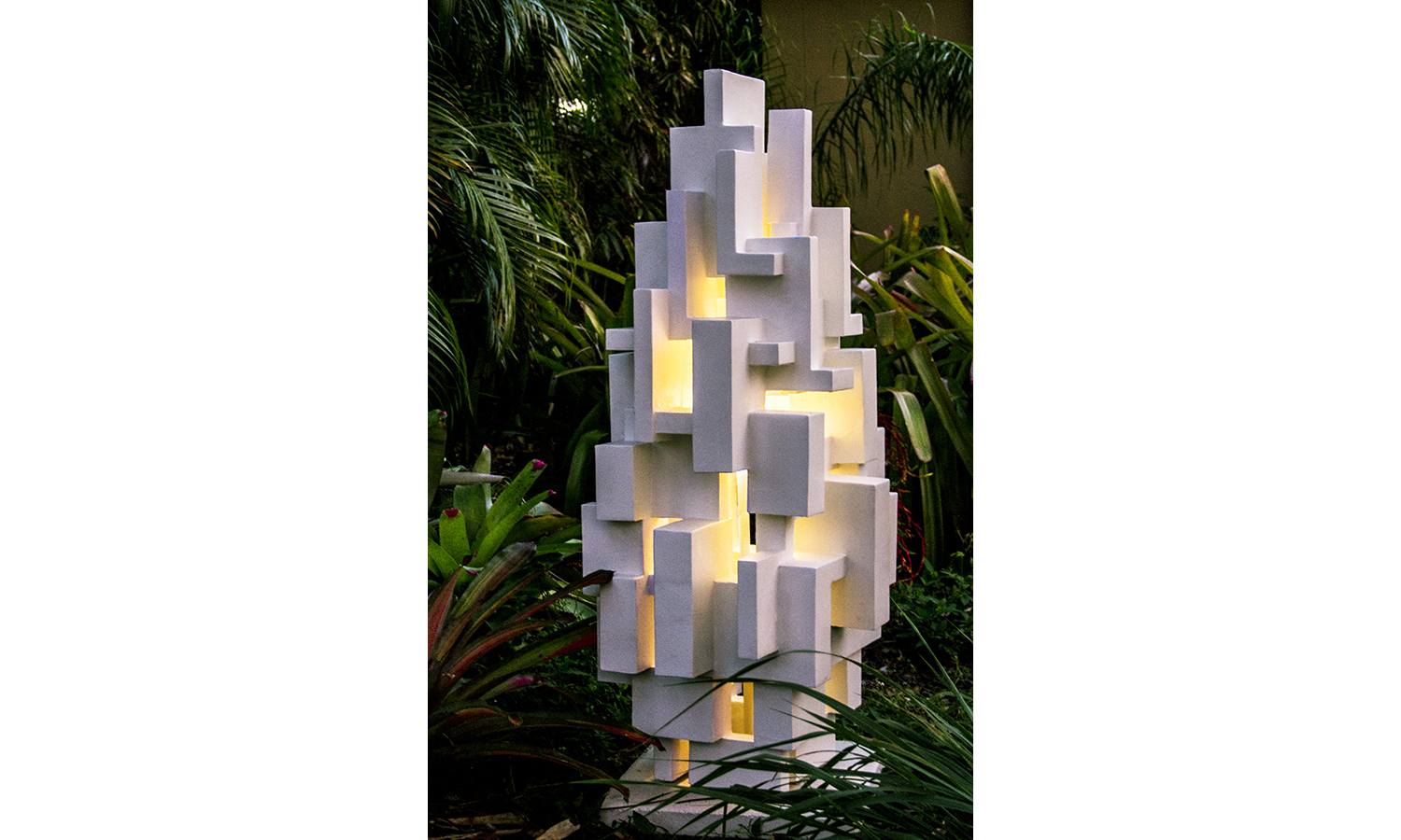 GOTHAM OUTDOOR LIGHT SCULPTURE in situ, 2018