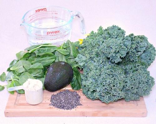 Easy, Tasty Kale Smoothie Recipe -MIY with Melissa