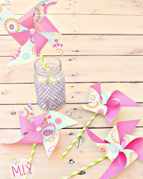 Decorative Pinwheels for Party favors and Party Decor -MIY with Melissa