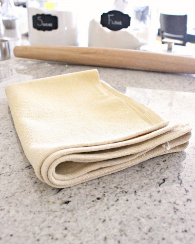 6 Reasons Why You Need a Pastry Cloth for Making Homemade Pie Crusts -MIY with Melissa