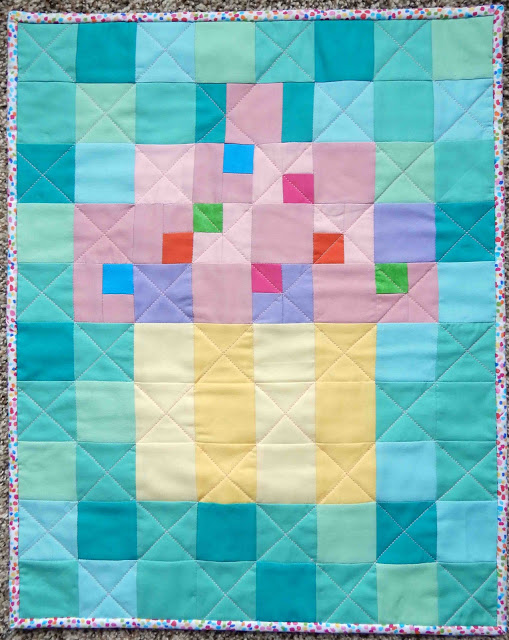 Pixelated Cupcake Quilt by Barbara