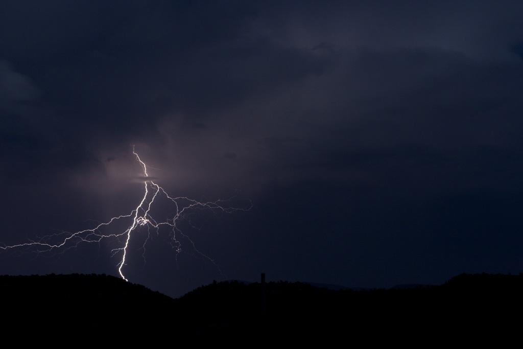 August-Lightning-004